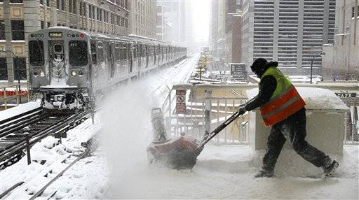 At least 12 in Illinois die during severe blizzard