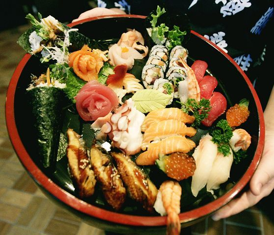 A sushi and sashimi platter provides plenty for sharing at Lu's Sushi and Chinese in Glen Ellyn.