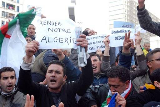 400 arrested in Algeria at rally demanding reforms