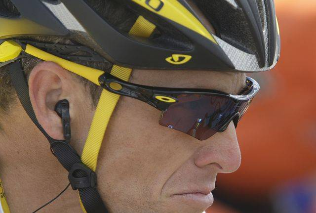 American seven-time Tour de France winner Lance Armstrong peddles during the fifth stage of the Tour de France cycling race over 196.5 kilometers (122 miles) with start in Le Cap d'Agde and finish in Perpignan, southern France, Wednesday July 8, 2009. (AP Photo/Bas Czerwinski)