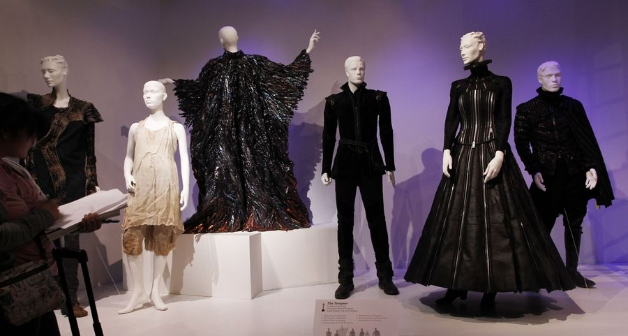 Glitz Glam And Grit Oscar Nominated Costumes On View At L A Fashion Museum