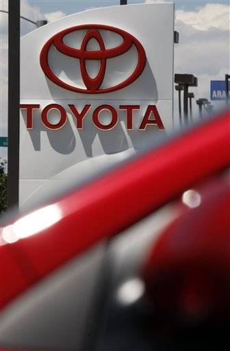 Toyota Motor Corp. is recalling 2.17 million vehicles in the United States to address accelerator pedals that could become entrapped in floor mats .
