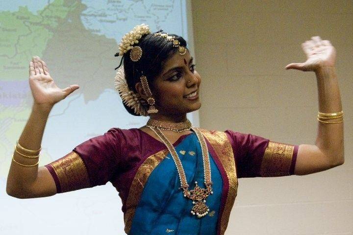 Ahalya Satkunaratnam, Ph.D., a classically trained South Indian dancer, discussed and performed Bharatanatyam dance at the South Asian Student in March 2010 at CLC. She returns 11 a.m. to 1 p.m. Tuesday, March 1, during the Asian Indian Festival.