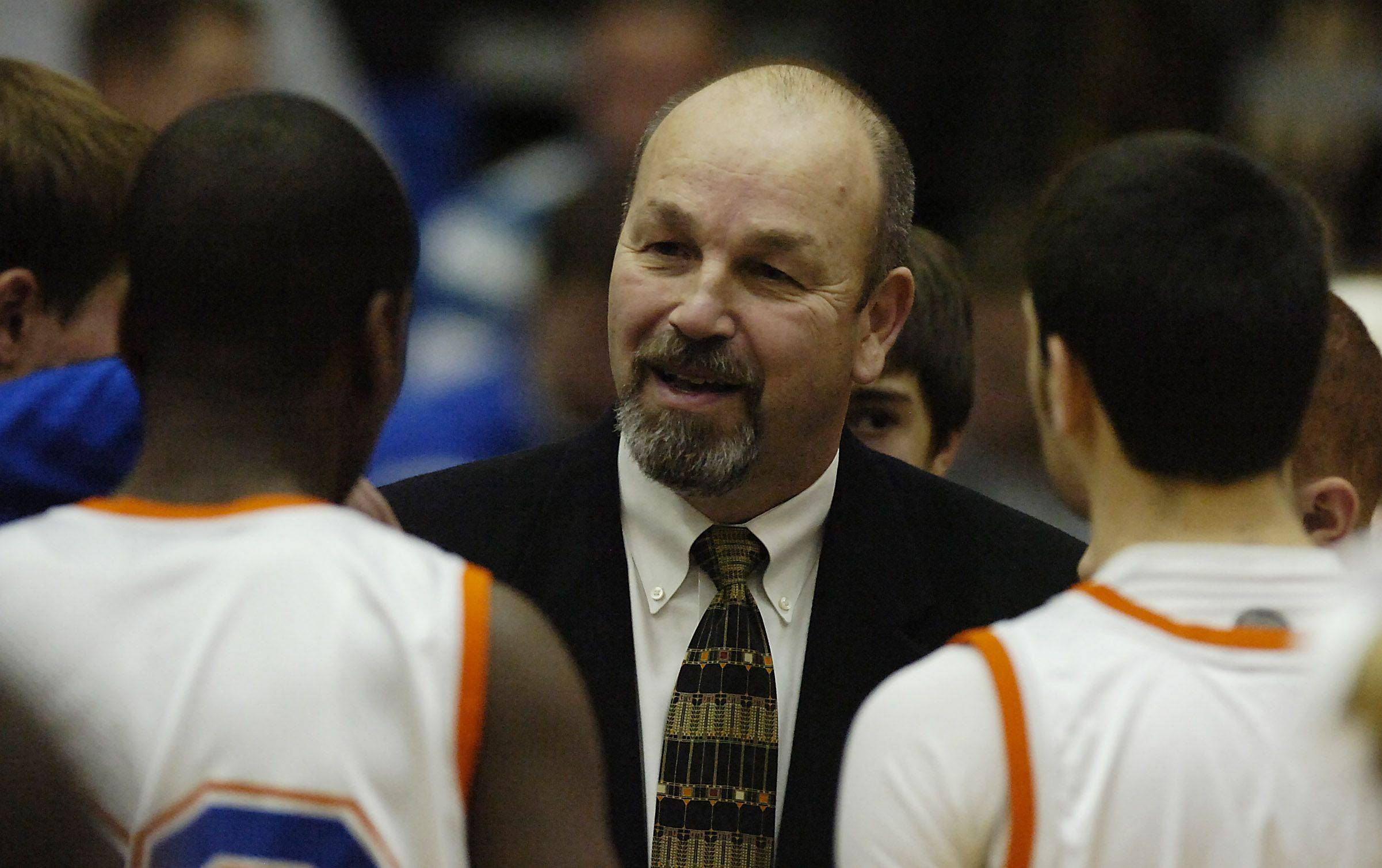 Retiring Hoffman Estates boys basketball coach Bill Wandro built one of the Mid-Suburban League's most successful programs during his 20-year tenure.