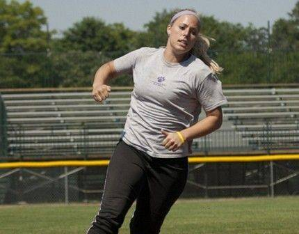 After a season with the Chicago Bandits in the NPF, Nicole Pauly of Palatine will play for the Akron Racers. The former Palatine High grad is working as a graduate assistant softball coach at Loyola University.