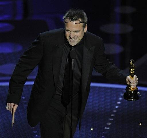 Elmhurst native wins cinematography Oscar