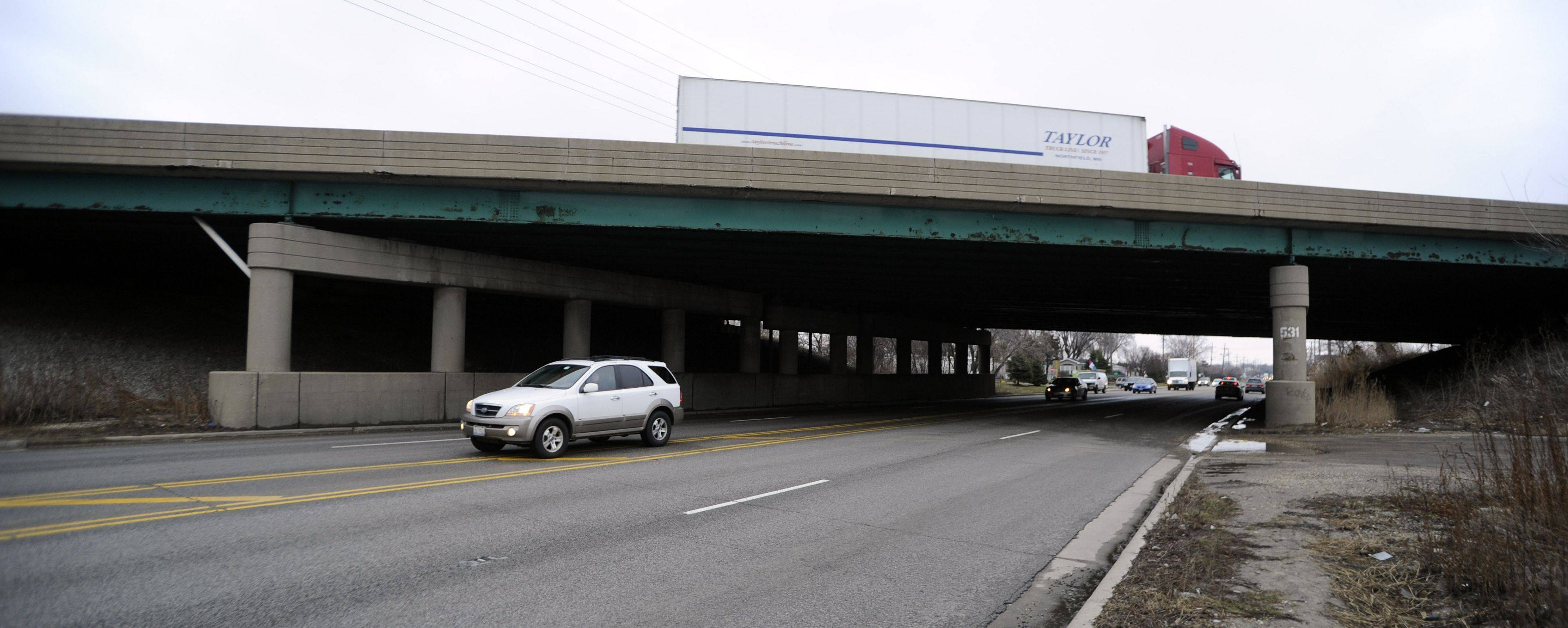 Suburban bridges with defects need cash, report says