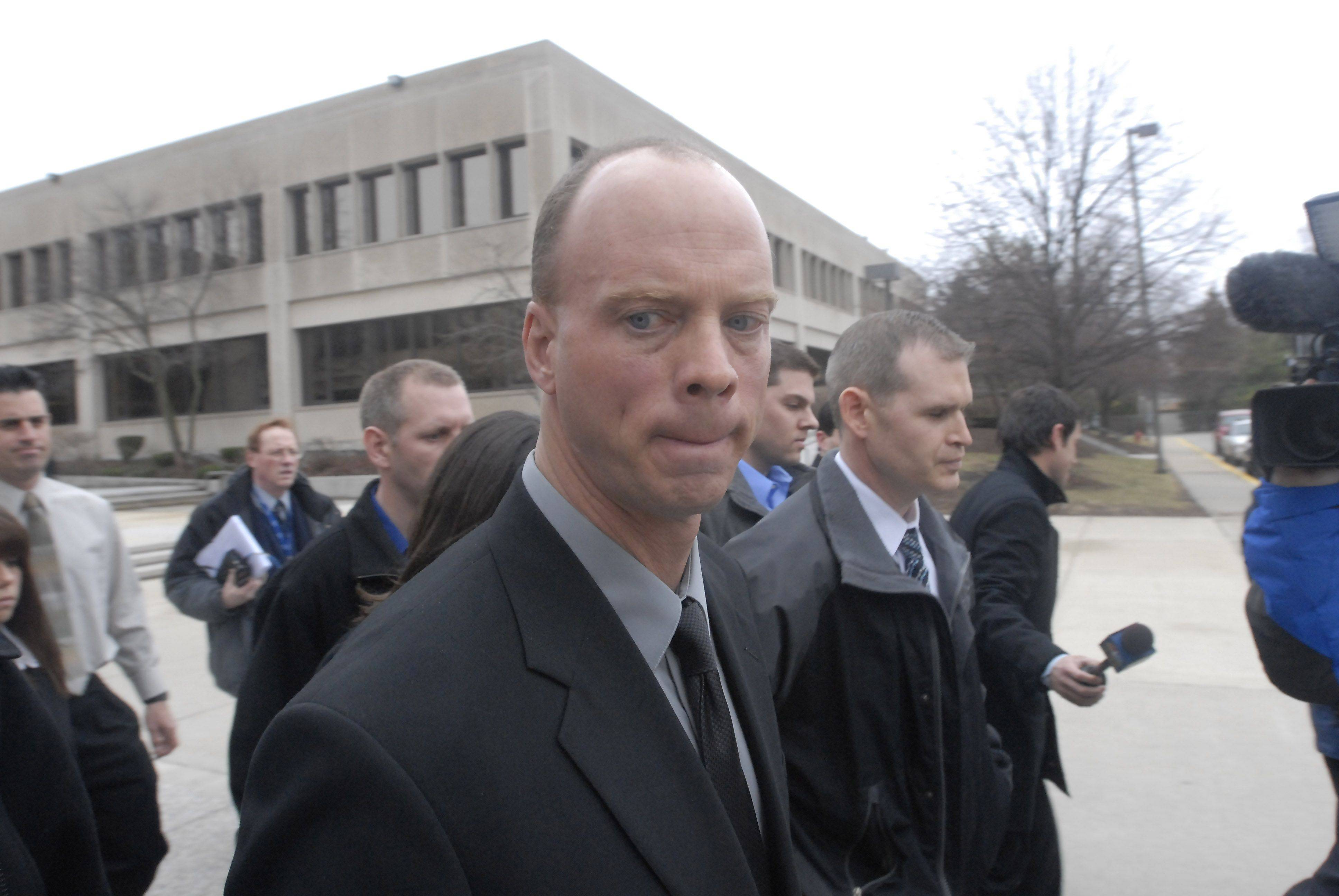 Former Streamwood cop Mandarino guilty in brutality case