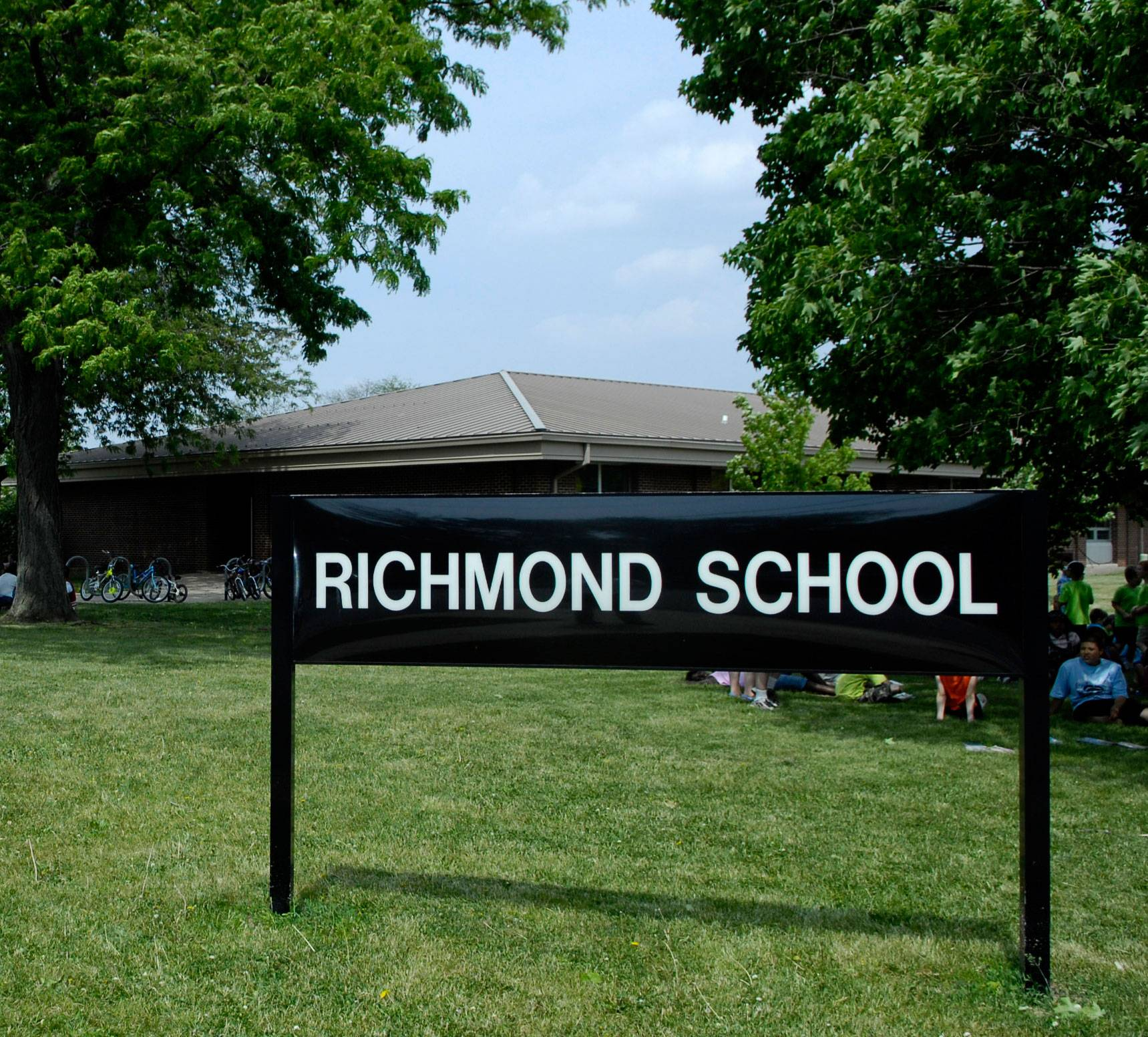 A lawsuit has been filed to keep District 303 from merging two elementary schools, including Richmond School.