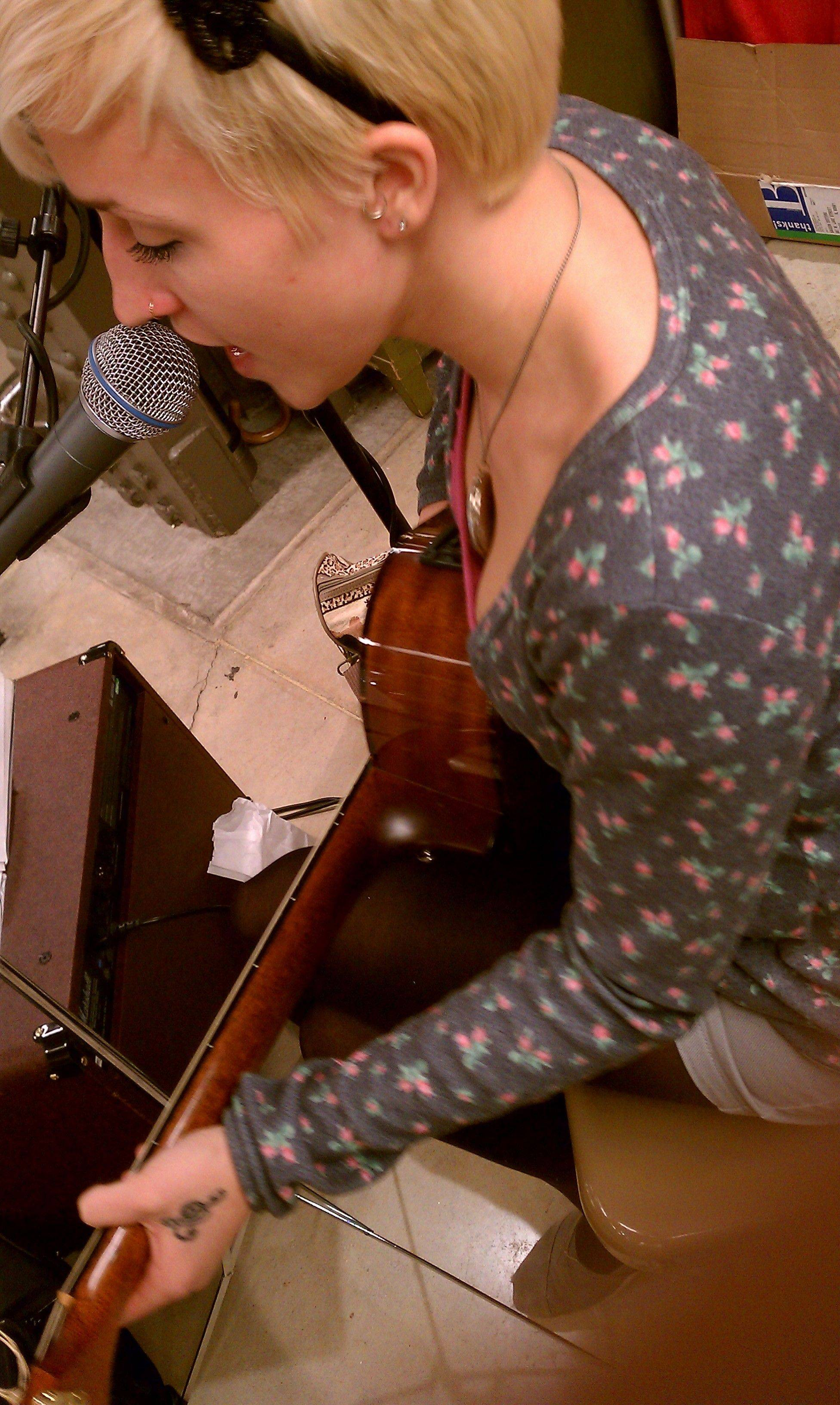 Annalee Hooson of Carol Stream recently recorded her first demo, which has traces of both jazz and folk.