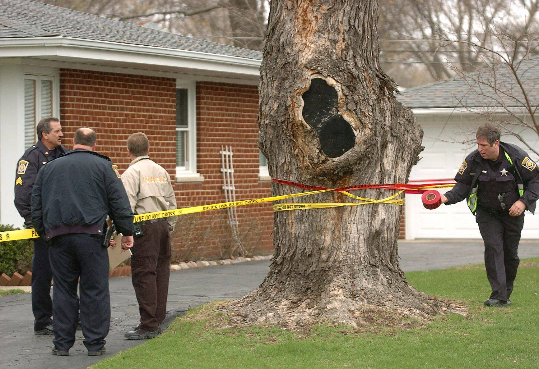 Police conducted a death investigation Thursday after discovering a 55-year-old man dead in his home in the 1000 block of Wilshire Lane in Arlington Heights. The investigation is linked to a high-speed chase that passed through several Northwest suburbs before ending with a man's capture in East Dundee.