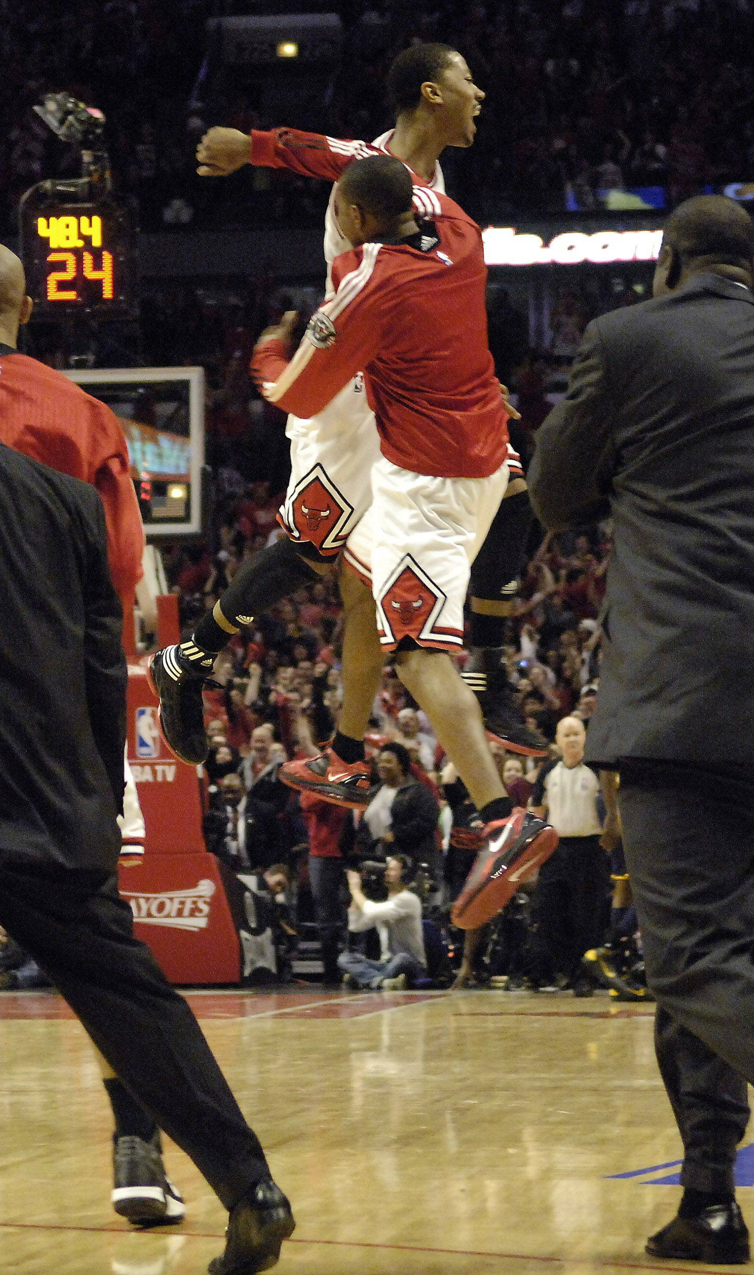 Images: Bulls vs. Pacers, Game 1