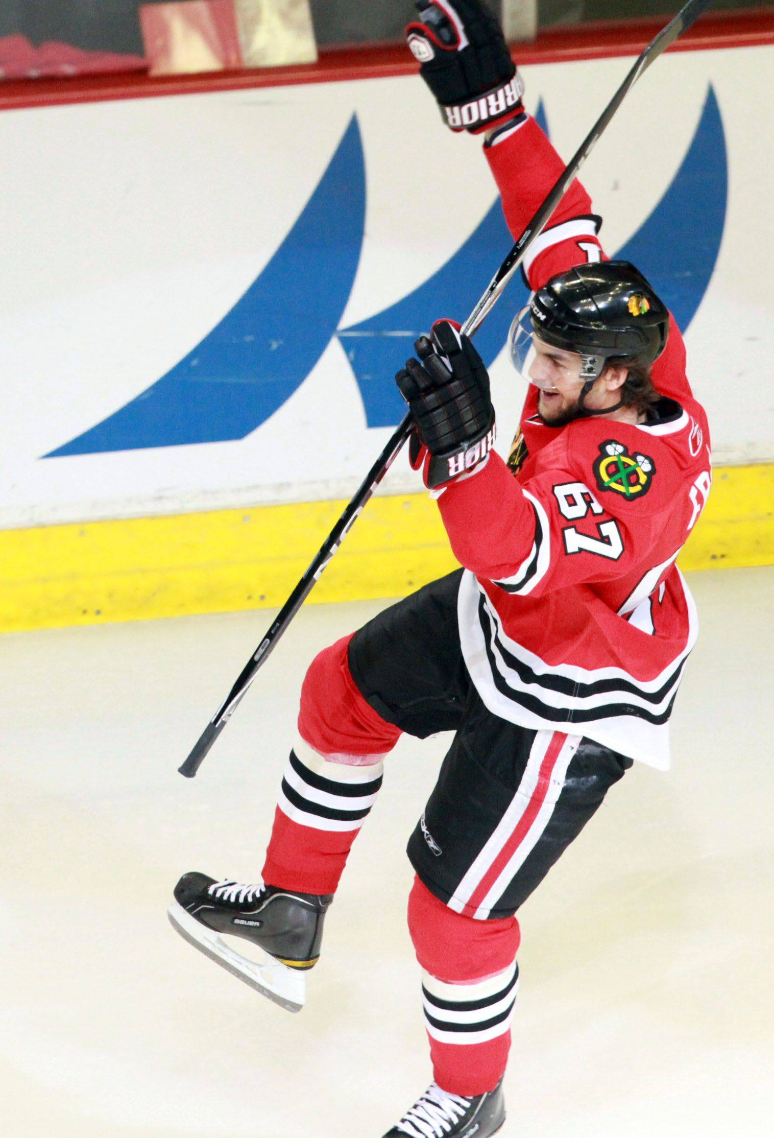 George LeClaire/gleclaire@dailyherald.com Chicago Blackhawks Michael Frolik celebrates his penalty goal against Vancouver Canucks in game 6 of the Stanley Cup quarterfinals at the United Center in Chicago on Sunday.