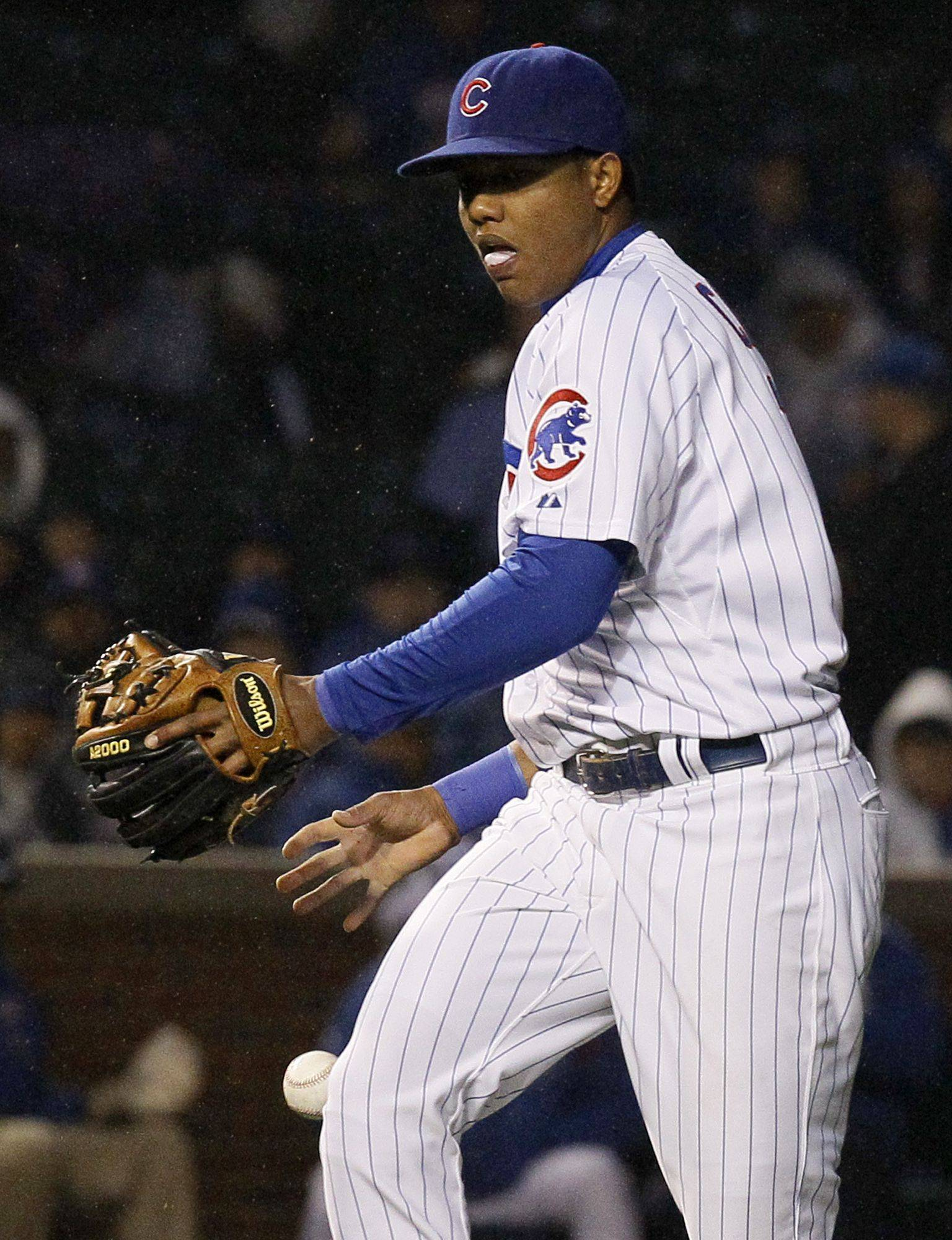 Castro commits three errors in Cubs loss