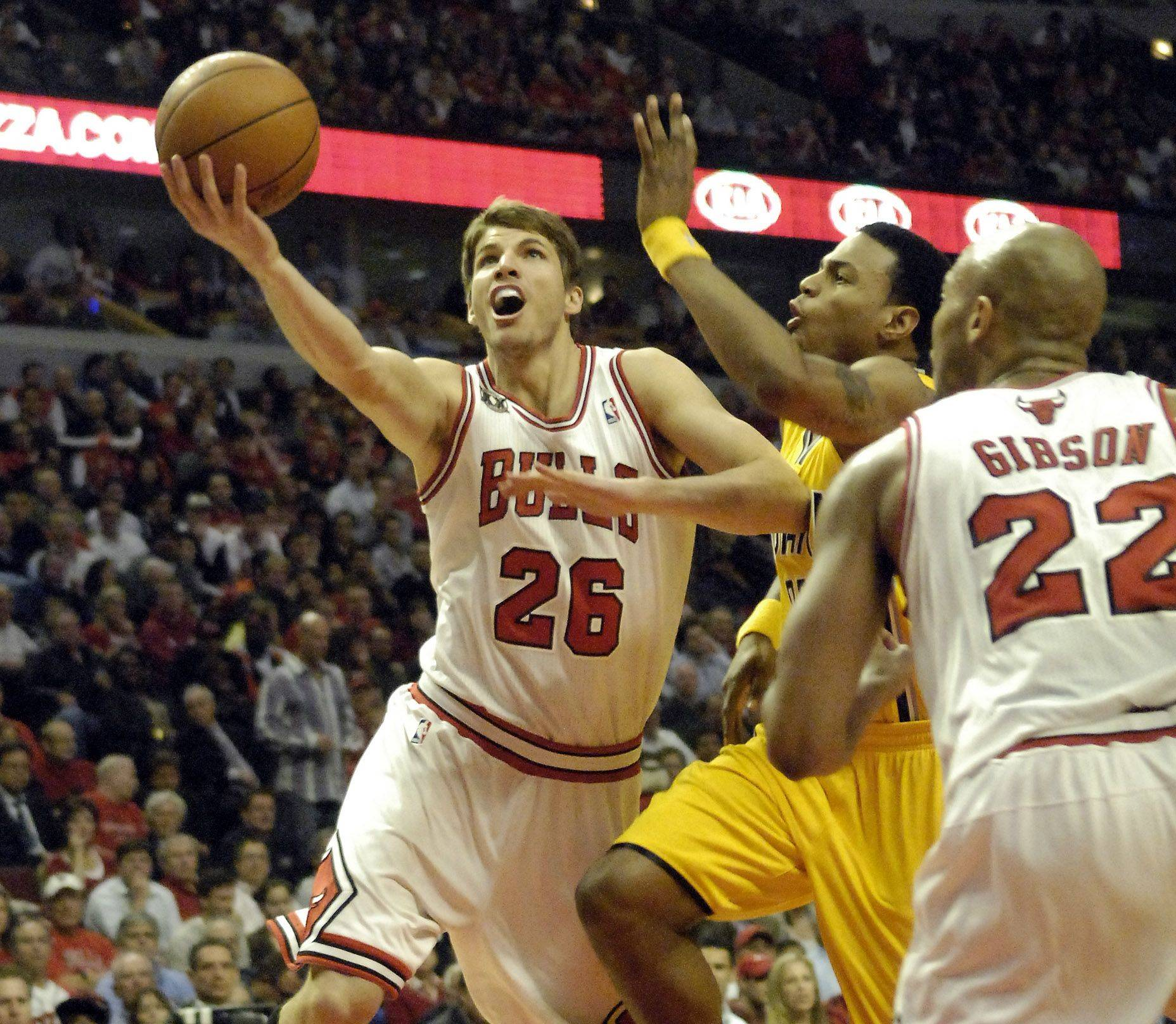 Chicago Bulls shooting guard Kyle Korver drives for a first half layup during game 5 of the NBA Eastern Conference quarterfinals.