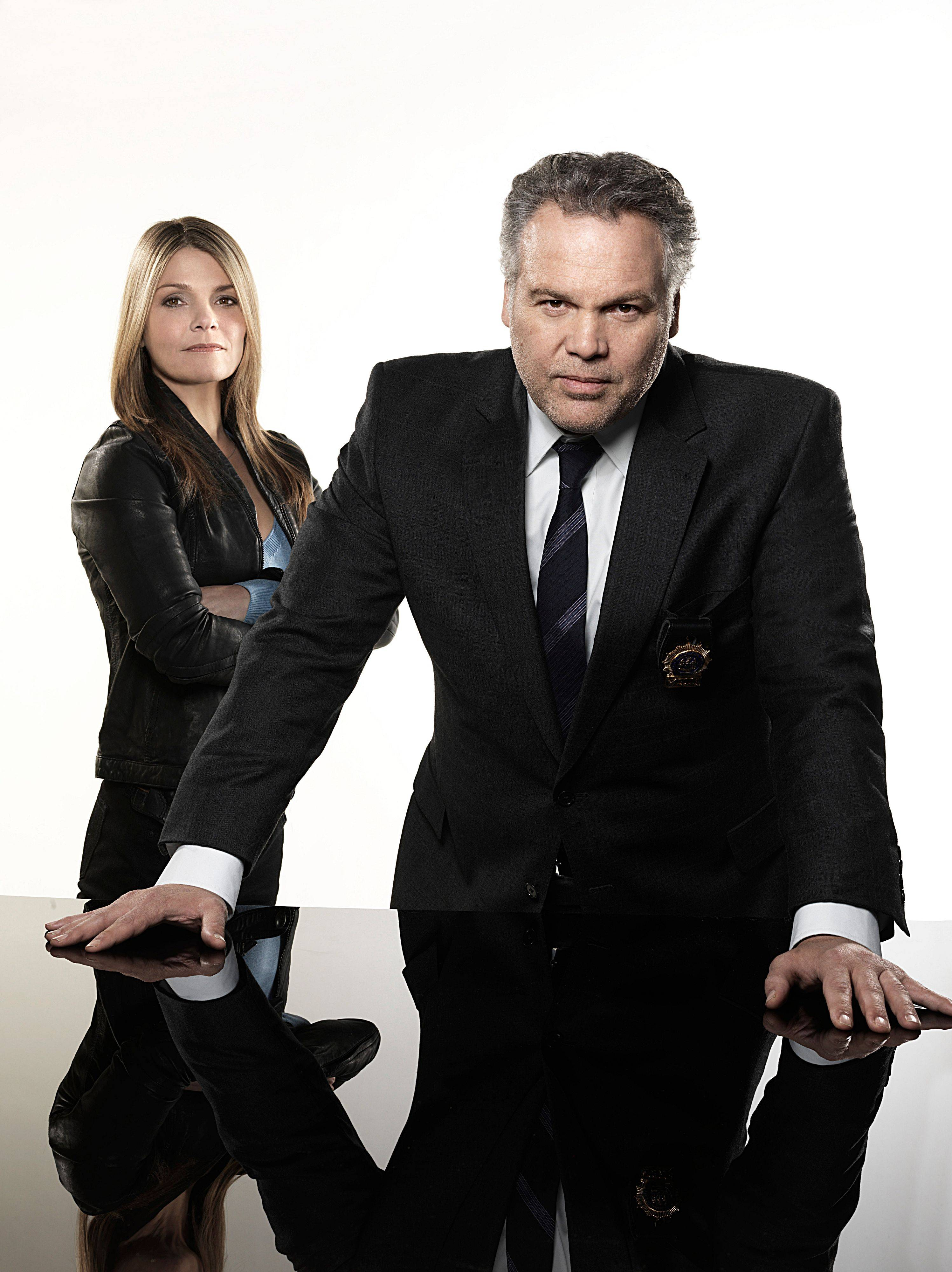 "Detectives Eames (Kathryn Erbe), left, and Goren (Vincent D'Onofrio) return for the final season of ""Law & Order: Criminal Intent"" on USA Network."