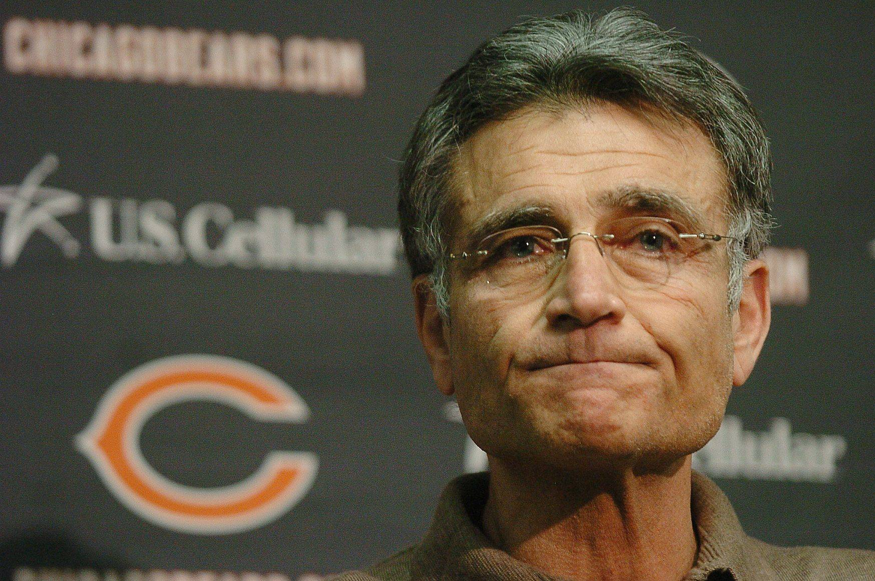 Bears general manager Jerry Angelo
