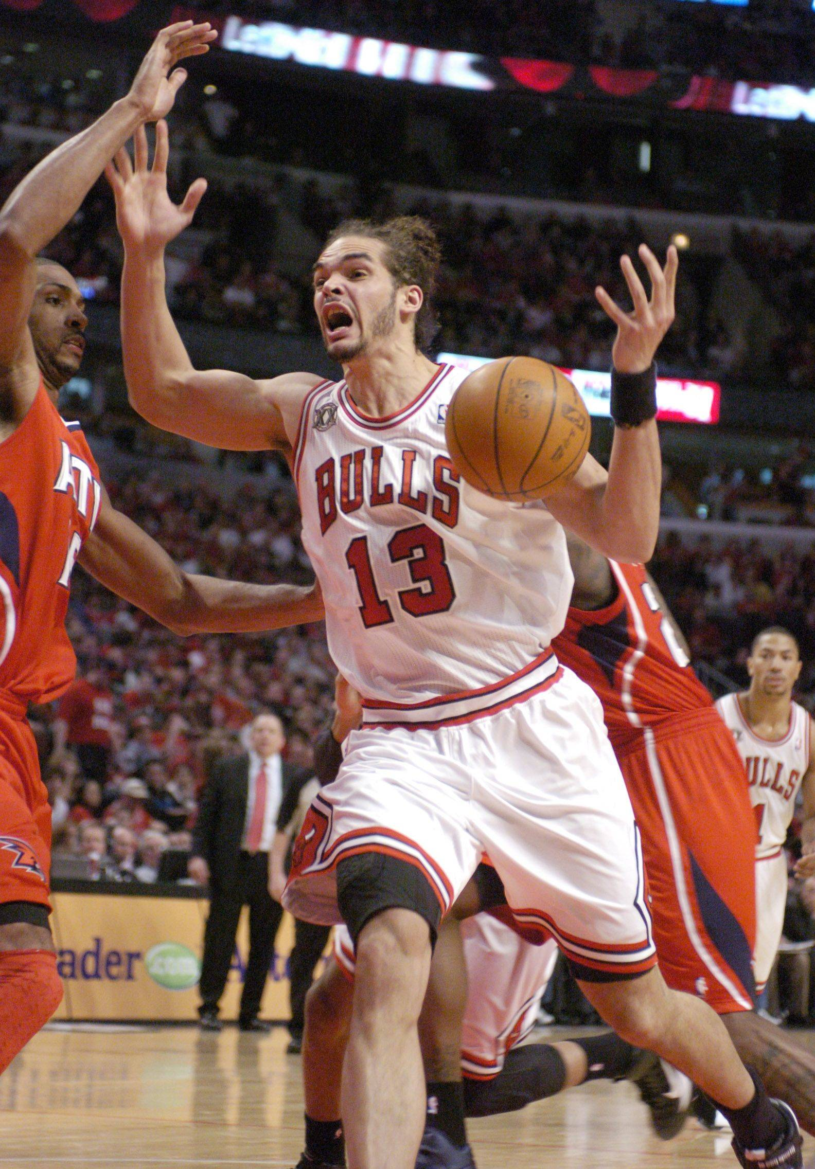 Joakim Noah looks for a foul call after having the ball slapped away during Wednesday's game against the Hawks.