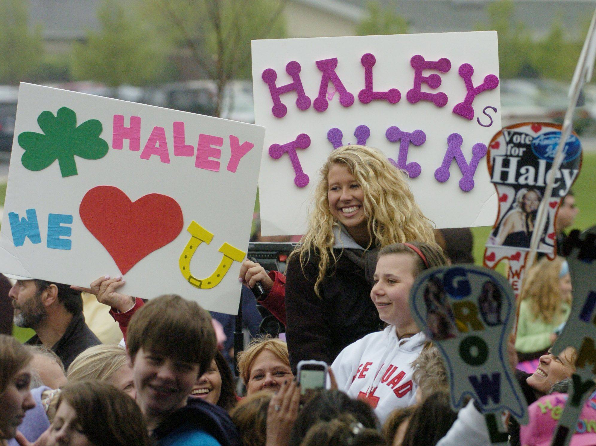 Fans await the arrival of American Idol finalist Haley Reinhart as she is welcomed home to Wheeling Saturday.