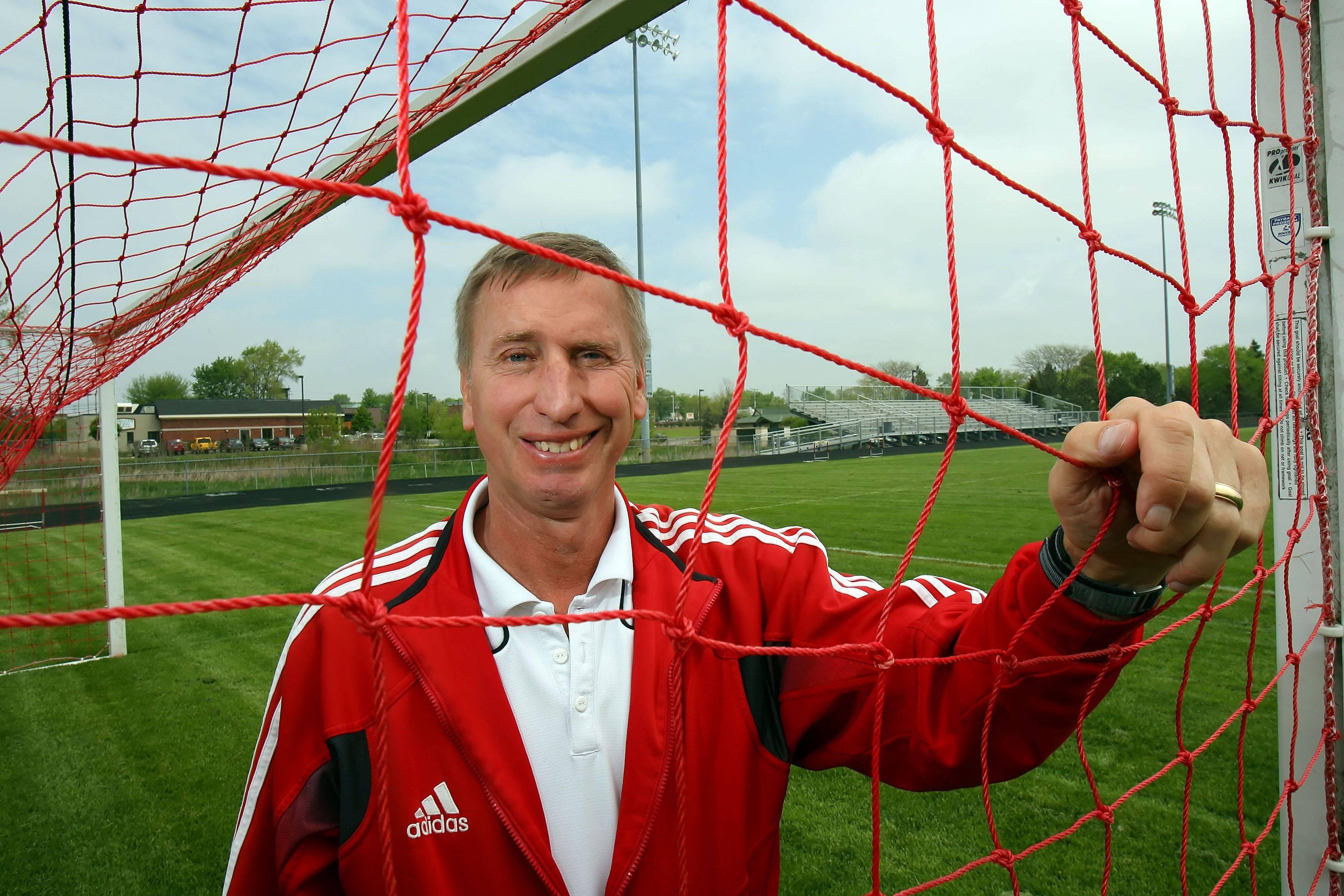 Mundelein soccer coach Dave Ekstrom is retiring after 30 years at the school.