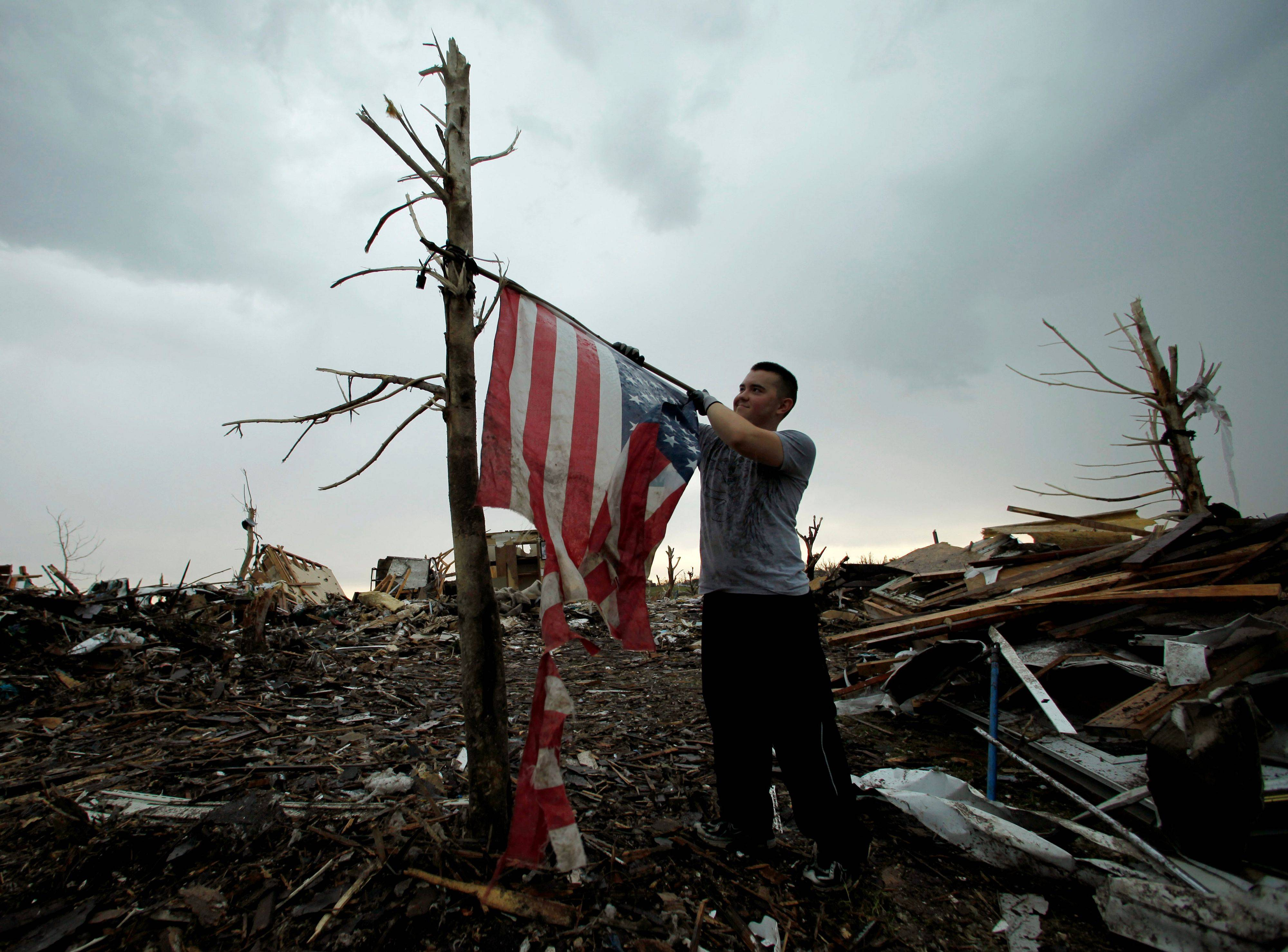Joplin death toll rises to 132; 156 still missing