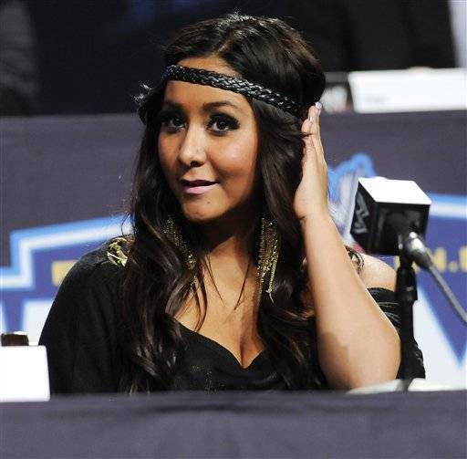 "Nicole ""Snooki"" Polizzi and a fellow ""Jersey Shore"" cast member have been involved in a minor traffic accident in Italy."