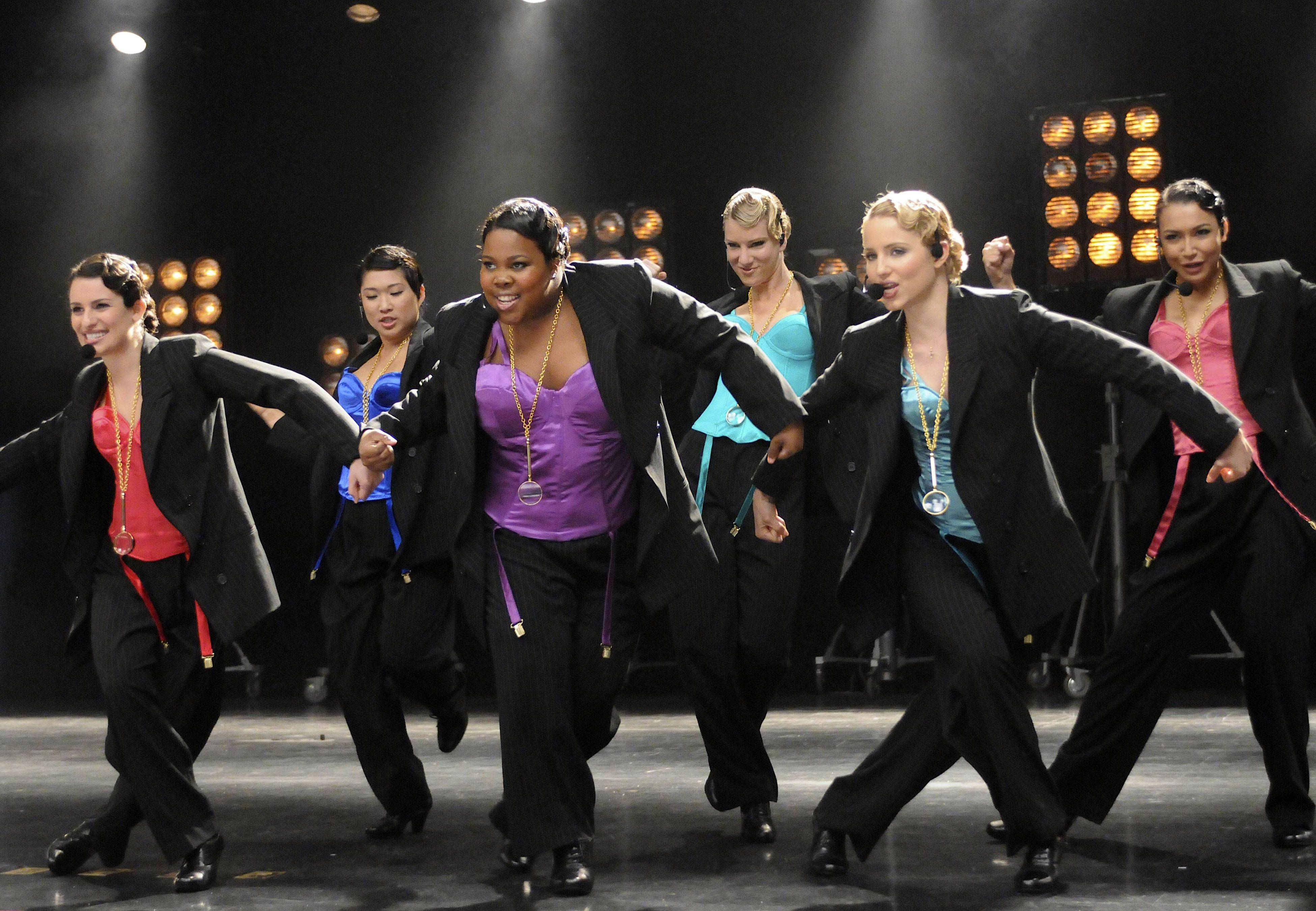 "Fans of the television show ""Glee"" will get a chance to see the cast belt out some of the show's most notable musical numbers at the Allstate Arena in Rosemont."