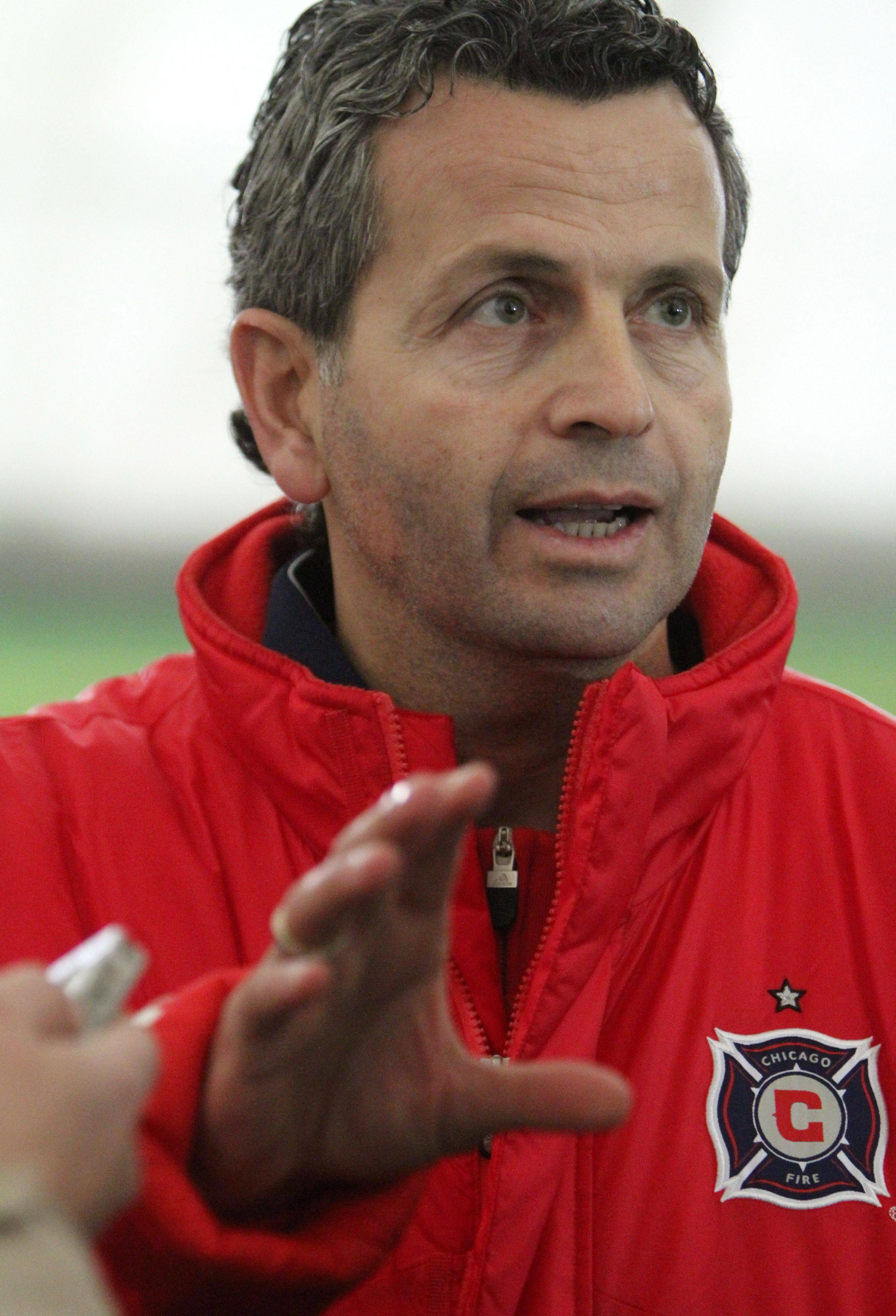 Chicago Fire technical director Frank Klopas will be the team's interim coach, following this weekend's firing of Carlos de los Cobos.