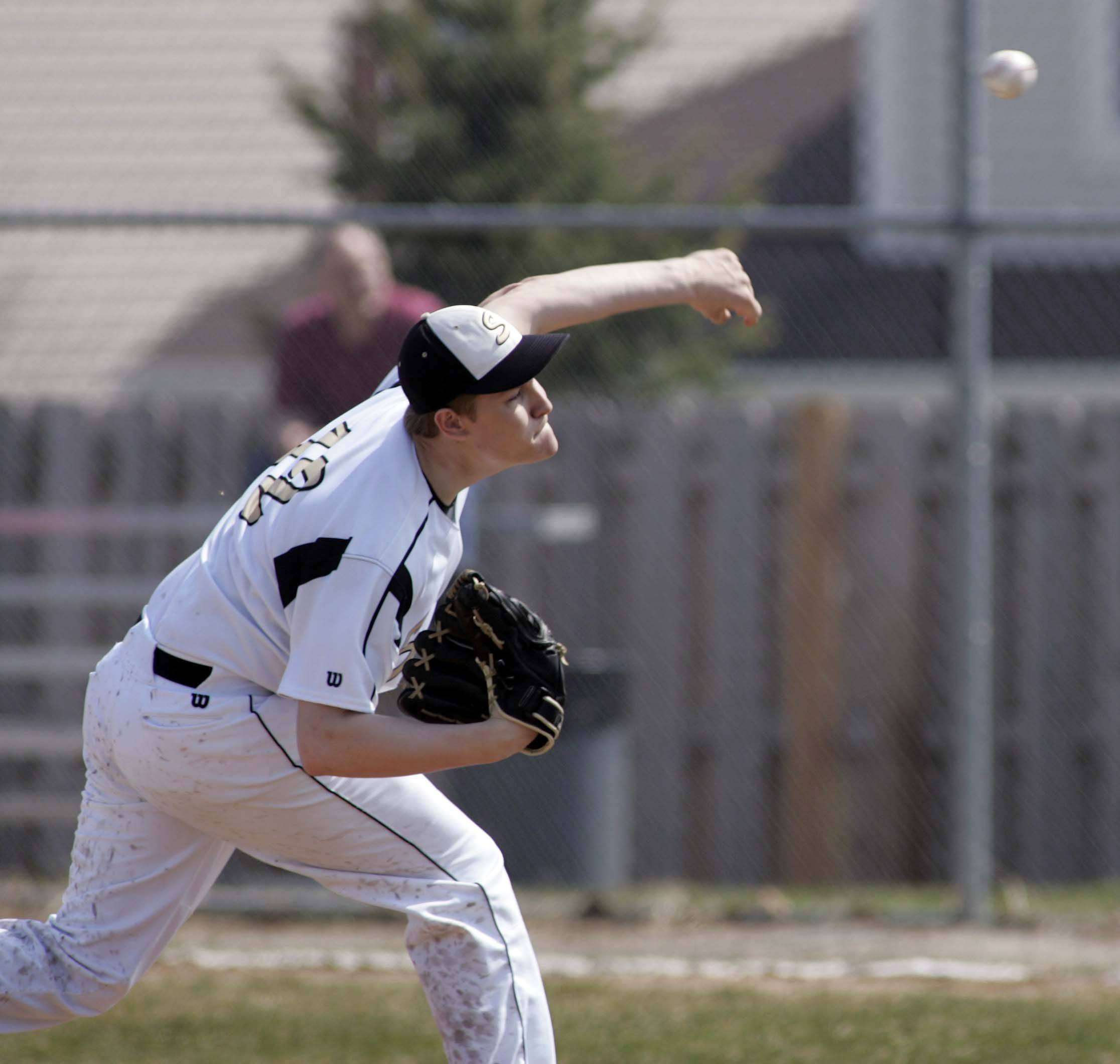 Streamwood and pitcher Dalton Lundeen will take on Rockford Boylan today in the Class 4A DeKalb sectional semifinals.