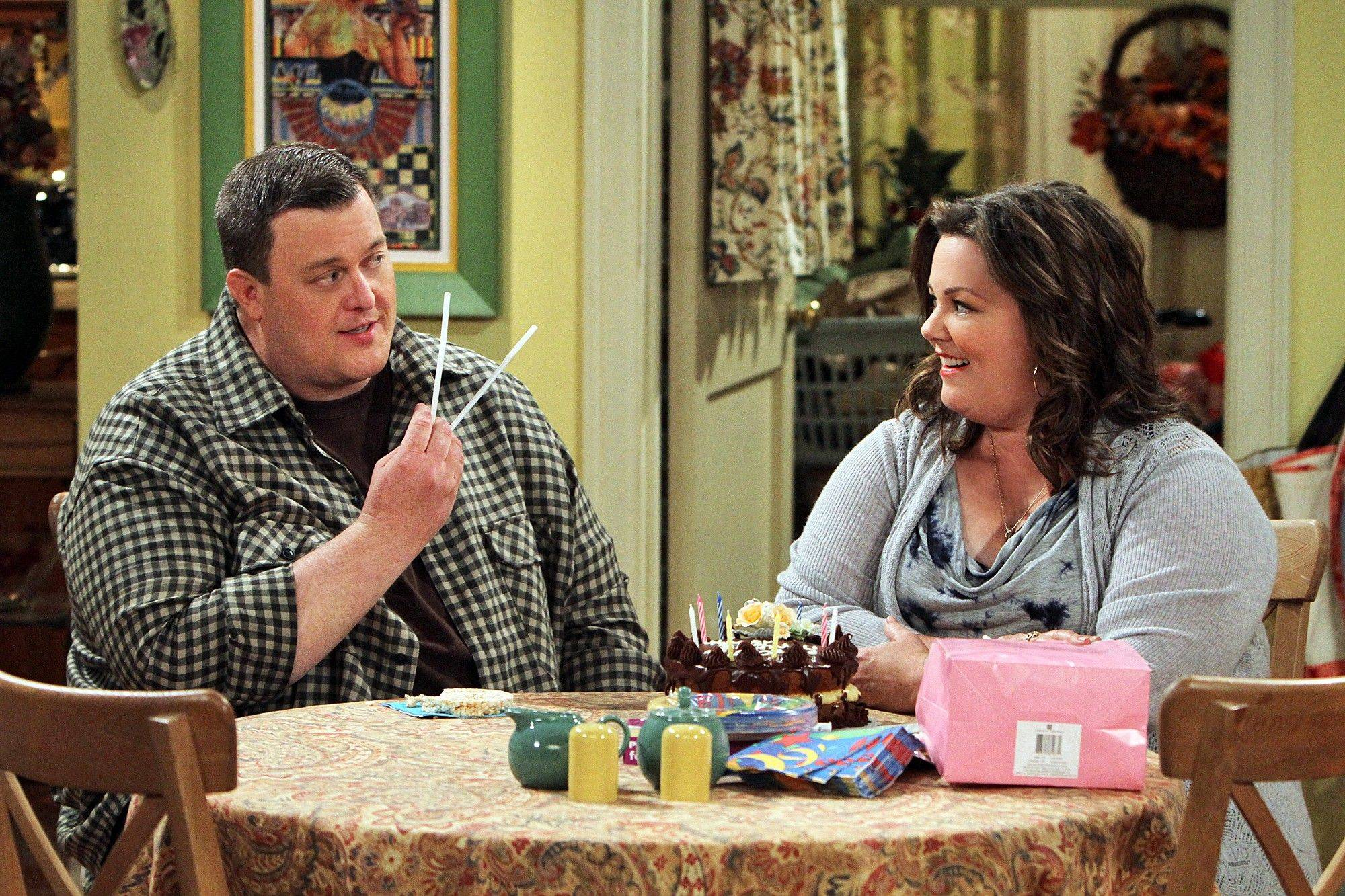 "Billy Gardell, at left, stars with Plainfield native Melissa McCarthy on the CBS sitcom ""Mike & Molly."""