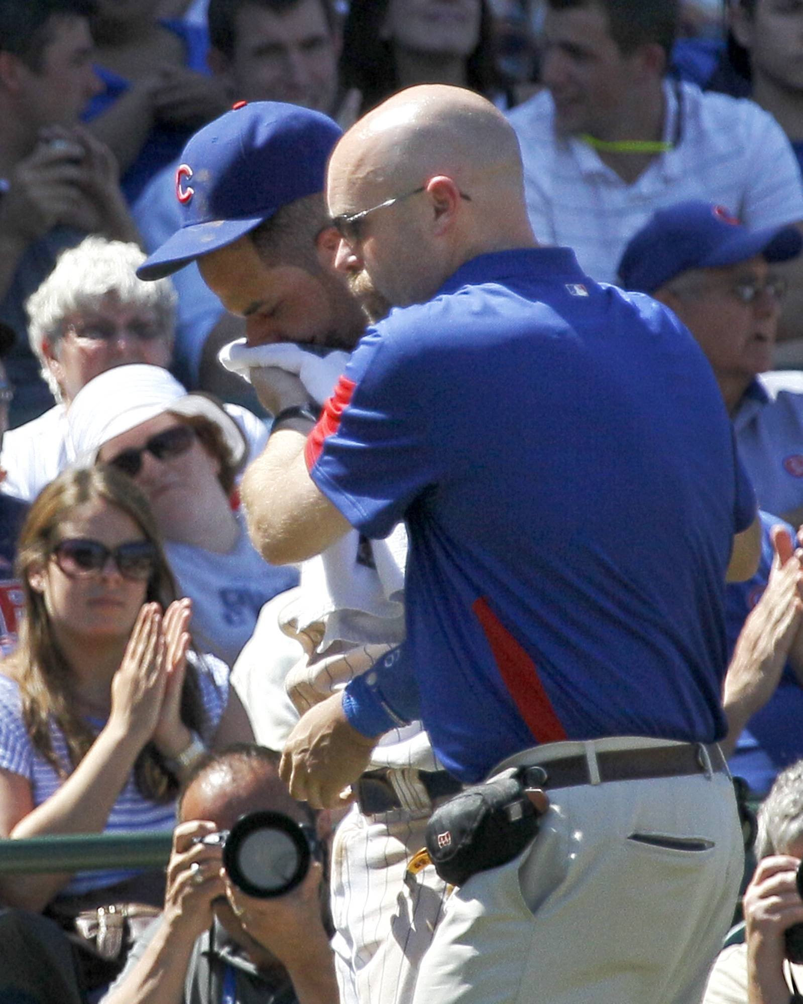 Cubs' Ramirez gets lacerated lip from groundball
