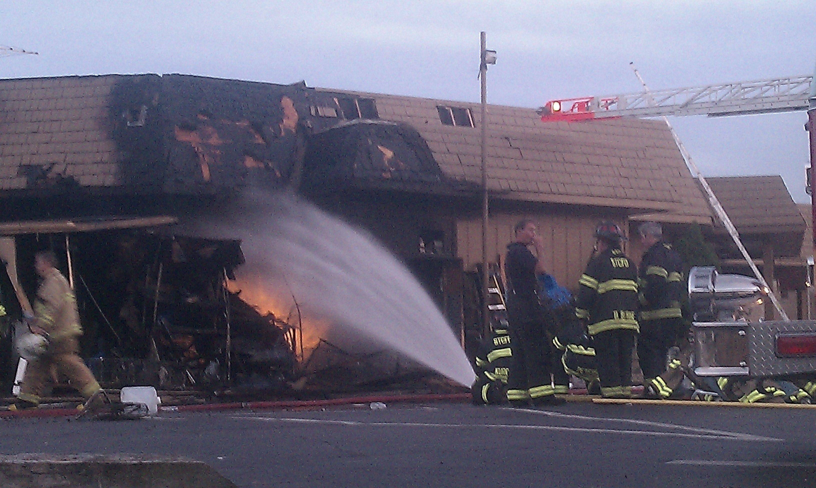 Salerno's on the Fox severely damaged in blaze