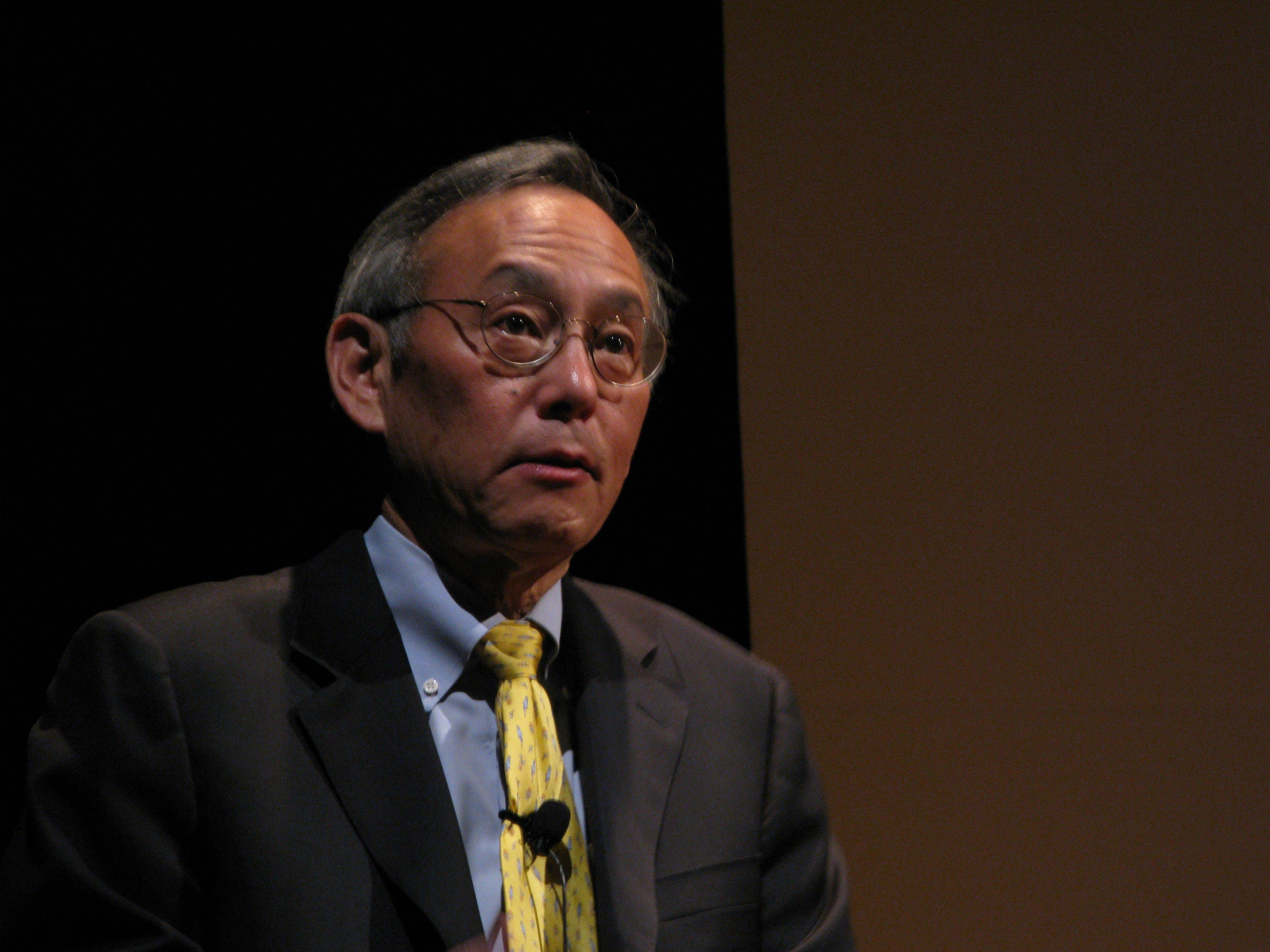 "Energy Secretary Steven Chu delivered a message at Fermilab Thursday night that America faces a new ""Sputnik moment"" of commitment to scientific research and development."