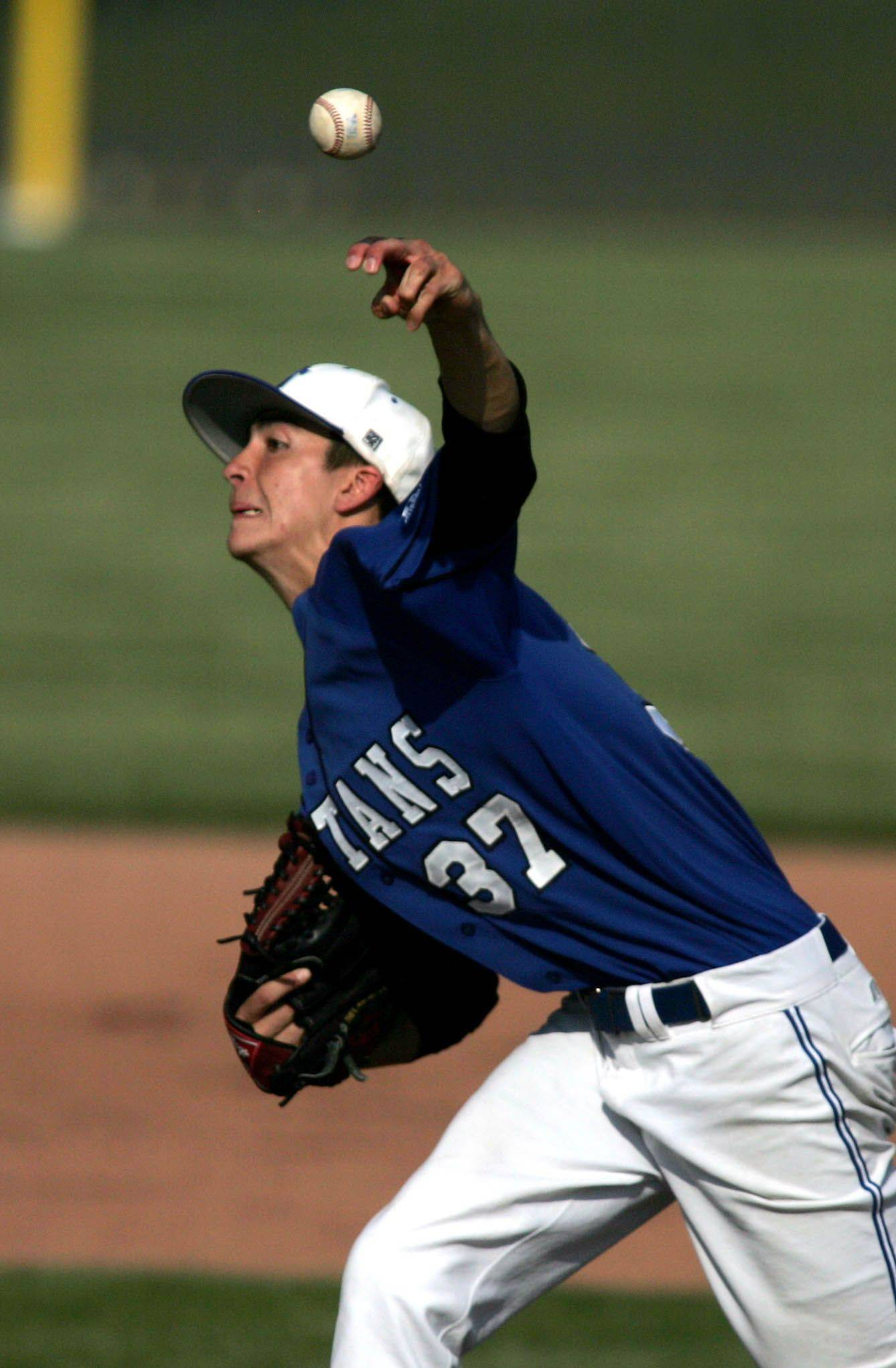 Eric Stout of St. Francis delivers against Nazareth Academy in Class 3A supersectional baseball Monday in Naperville.