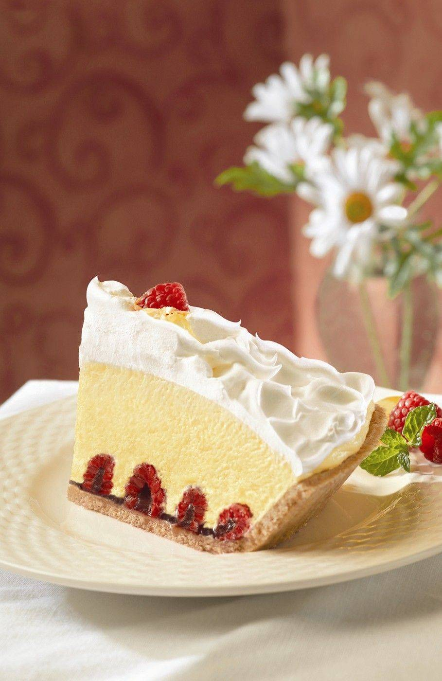 Creamy Lemon Raspberry Pie