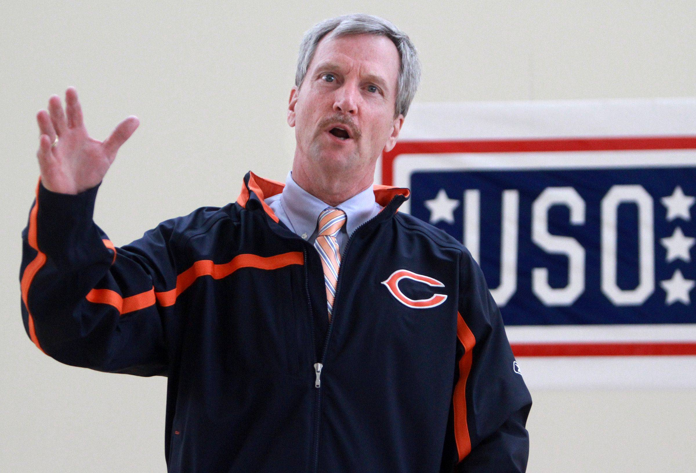 George McCaskey, chairman of the Chicago Bears, delivers a message Thursday to members of the U.S. Reserve 226th Port Management Team at Fort Sheridan. The unit is preparing to spend a year in Kuwait.