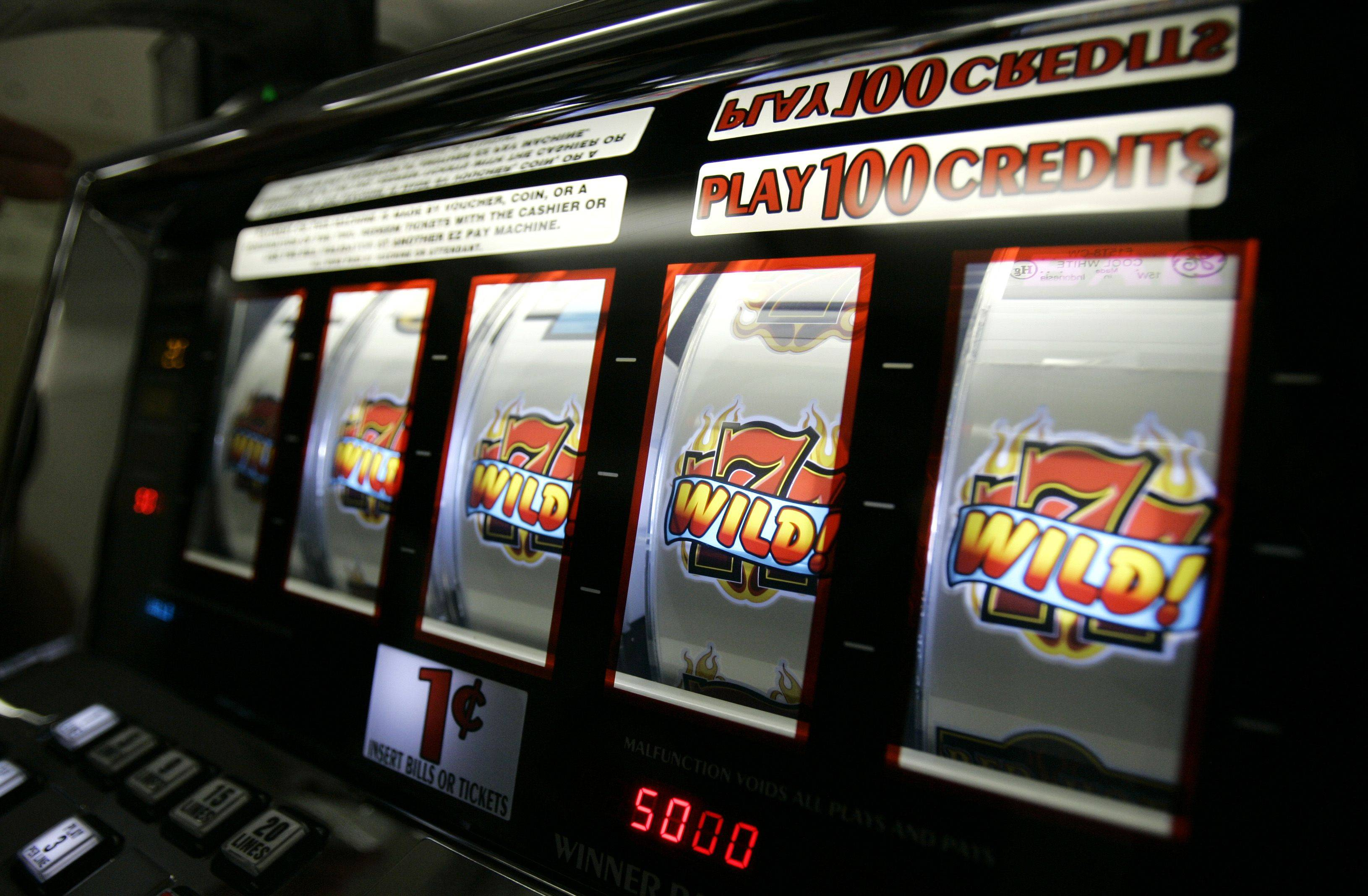 Illinois Lawmakers recently sent legislation to Gov. Pat Quinn that would expand gambling by allowing slot machines at racetracks and airports, plus five new casinos, including one in Lake County.
