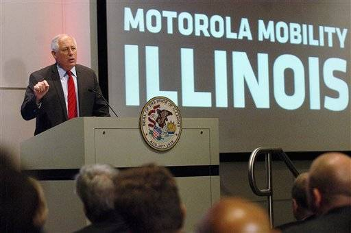 In May Gov. Pat Quinn announced to Motorola employees that the Motorola Mobility Inc. corporate headquarters will stay in Libertyville