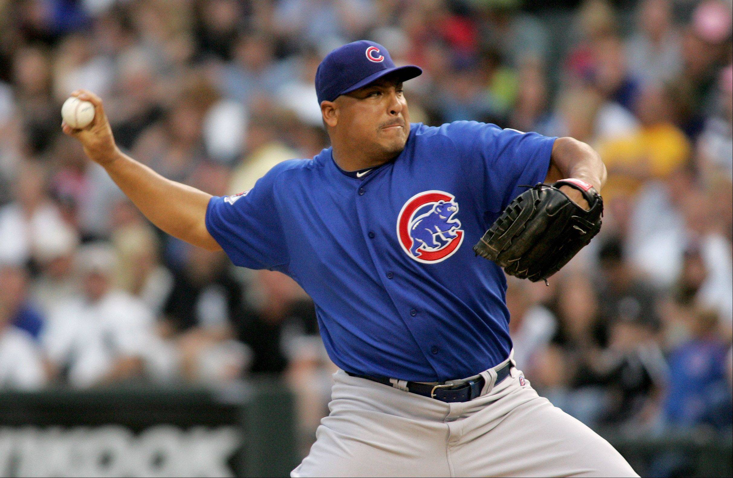 Carlos Zambrano pitching against the White Sox Monday night.