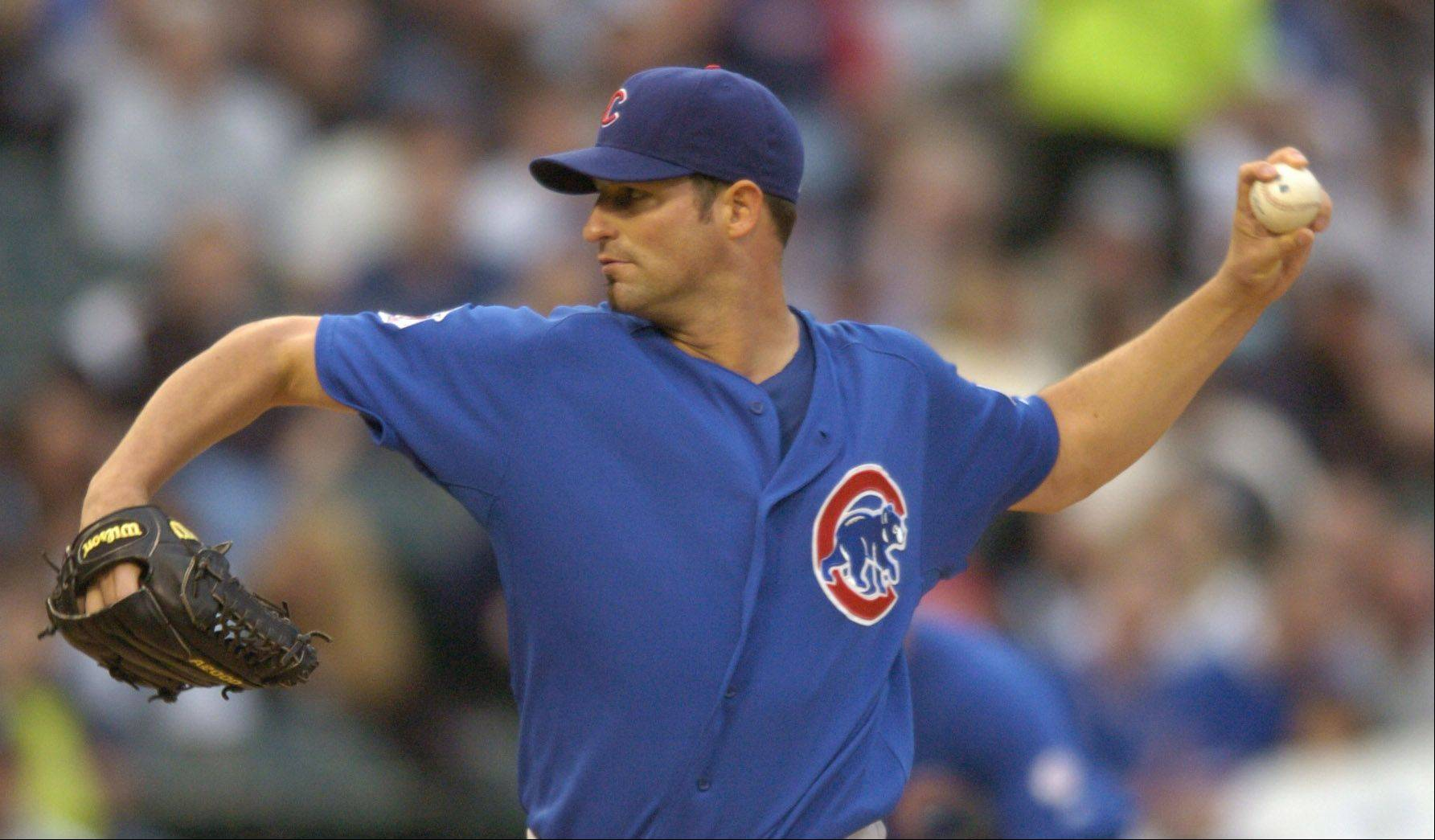 Cubs pitcher Doug Davis delivers against the White Sox during Wednesday's game at U.S. Cellular Field.