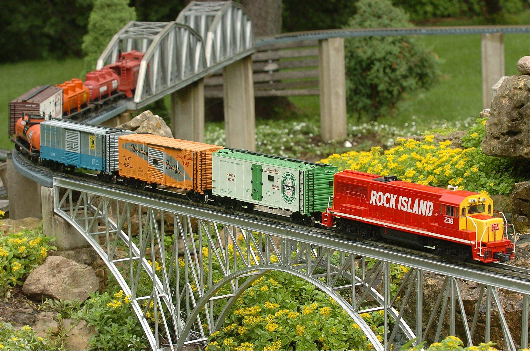 Elaine Silets' garden railroad in North Barrington.