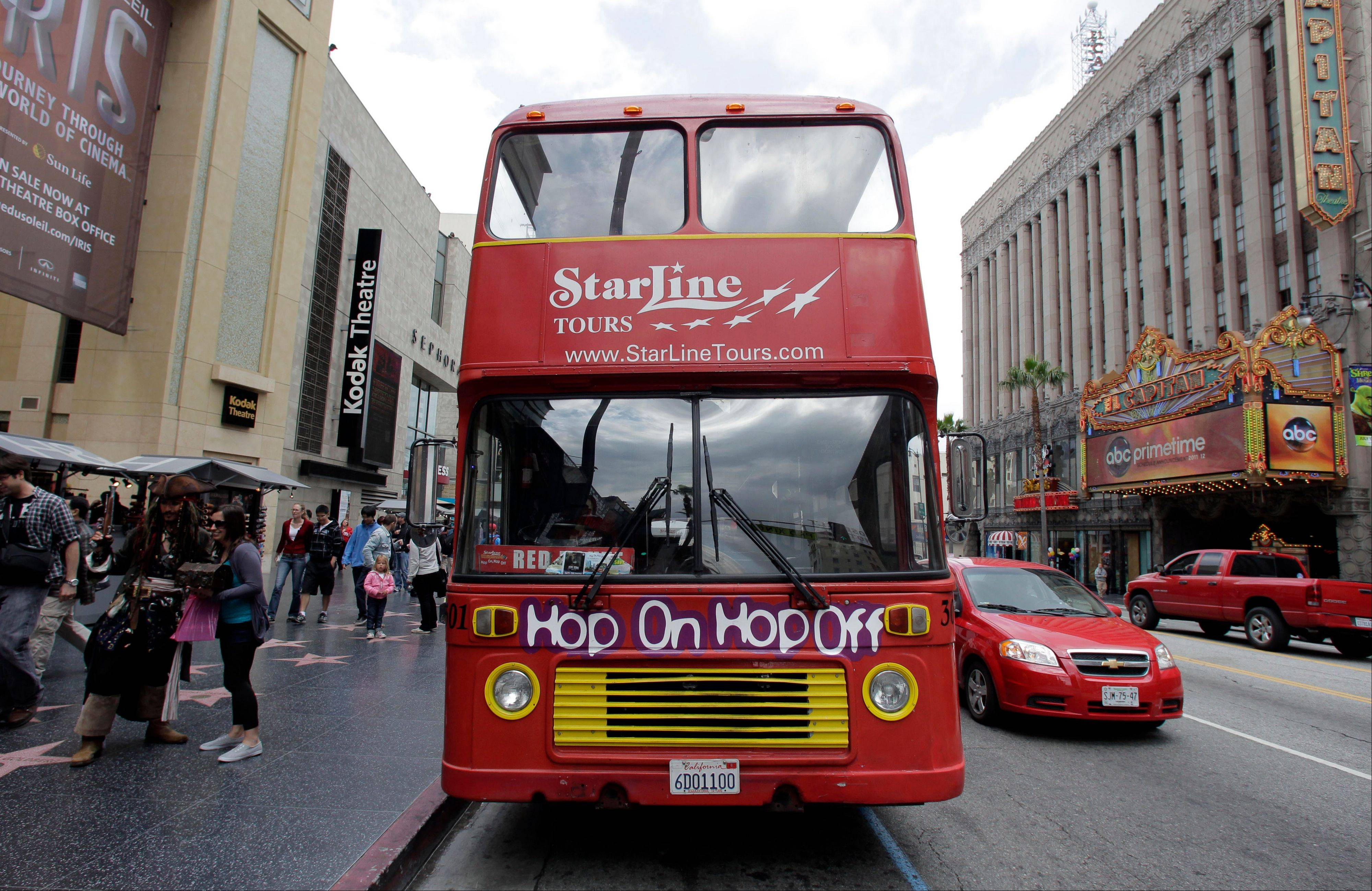 Dec 04, · I've been on hop on hop off buses before, but the Starline Tour was only okay. The pre-recorded audio was fairly boring, for a city with so much history there were often min with no commentary. The worst part was as we transferred between More. Thank S G. SarDav.4/4().