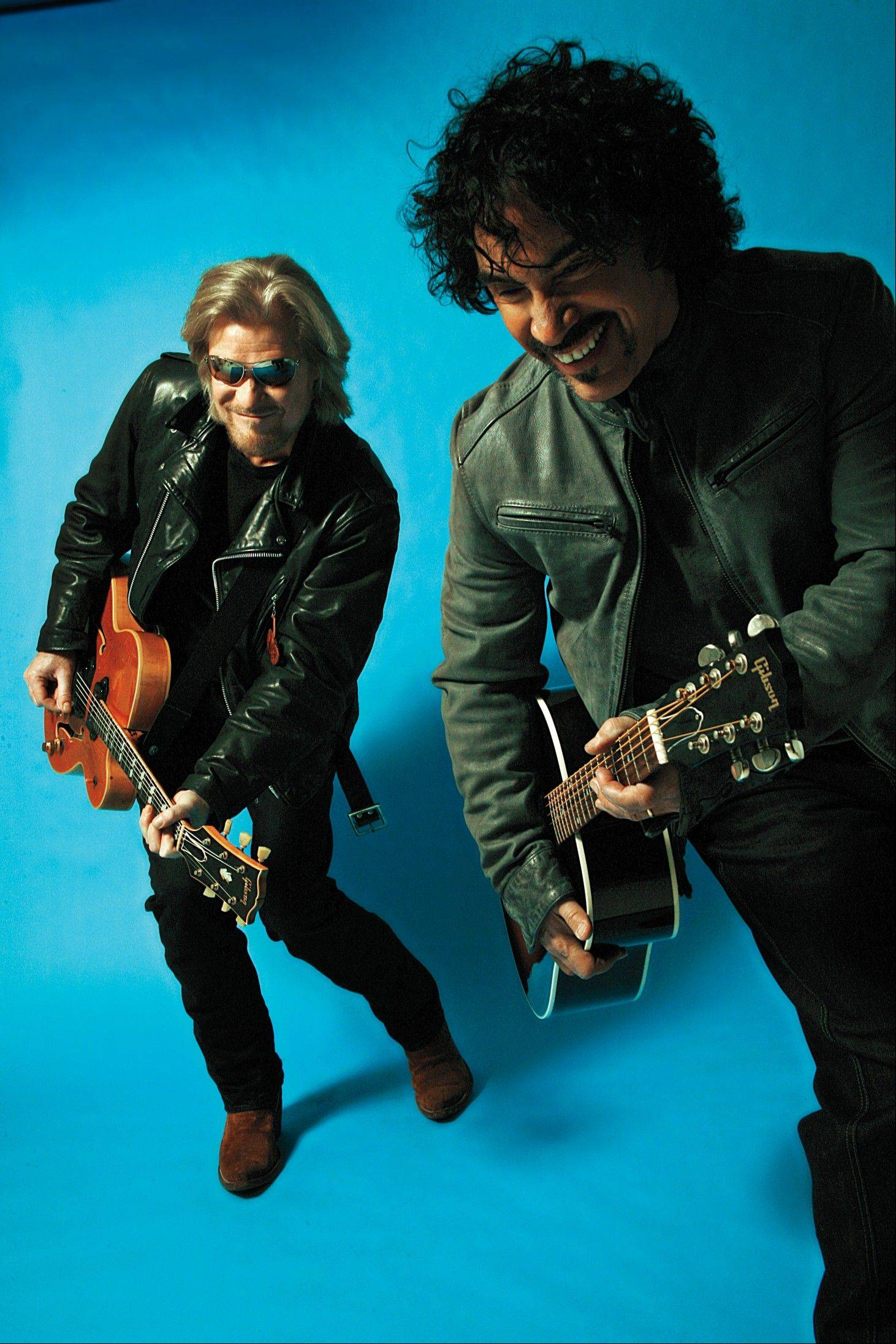 Pop/rock superstars Daryl Hall and John Oates headline Ravinia Sunday.