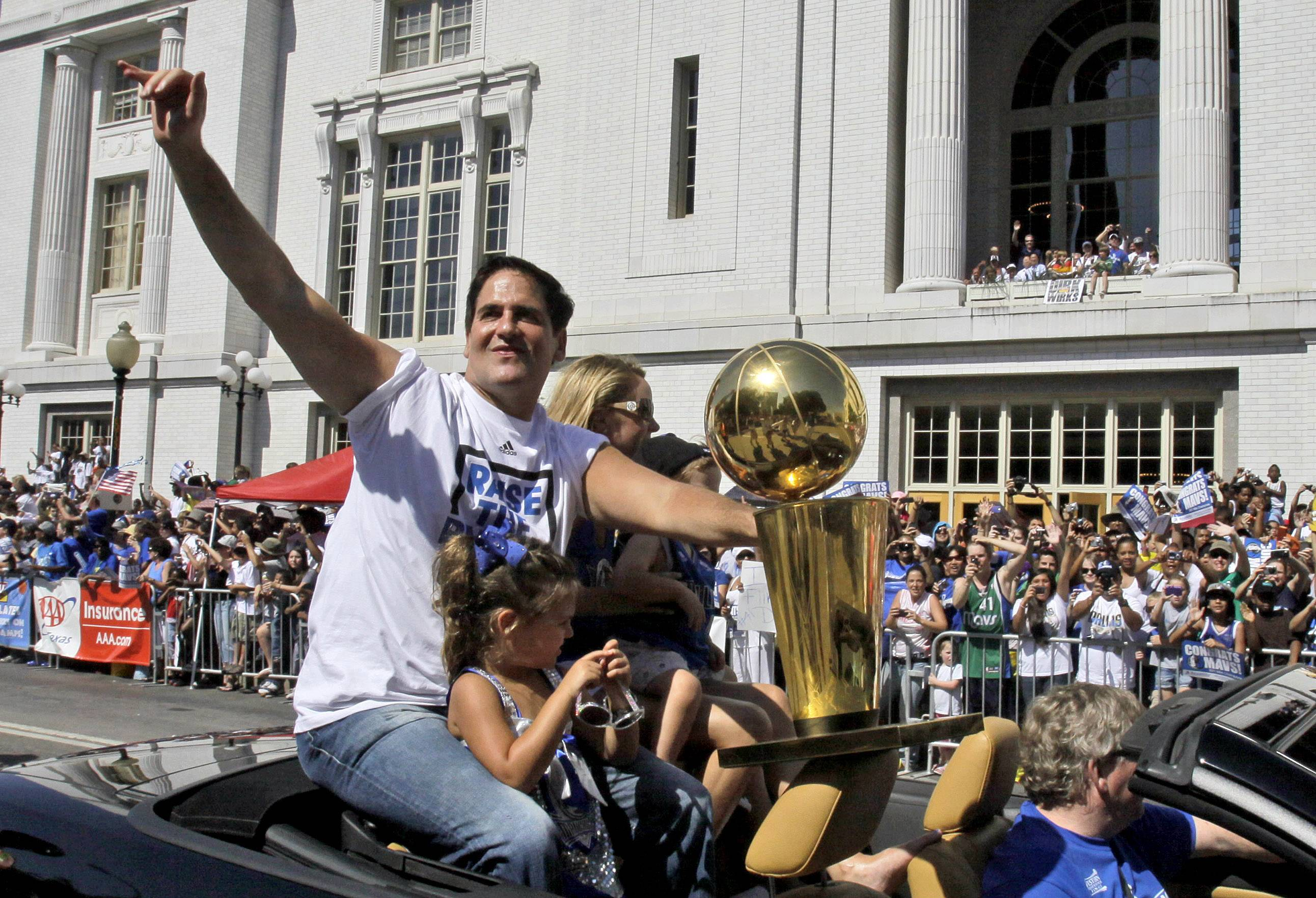 If Dallas Mavericks owner Mark Cuban winds up buying the Los Angeles Dodger, it merely will be the latest worst nightmare for Cubs' fans.