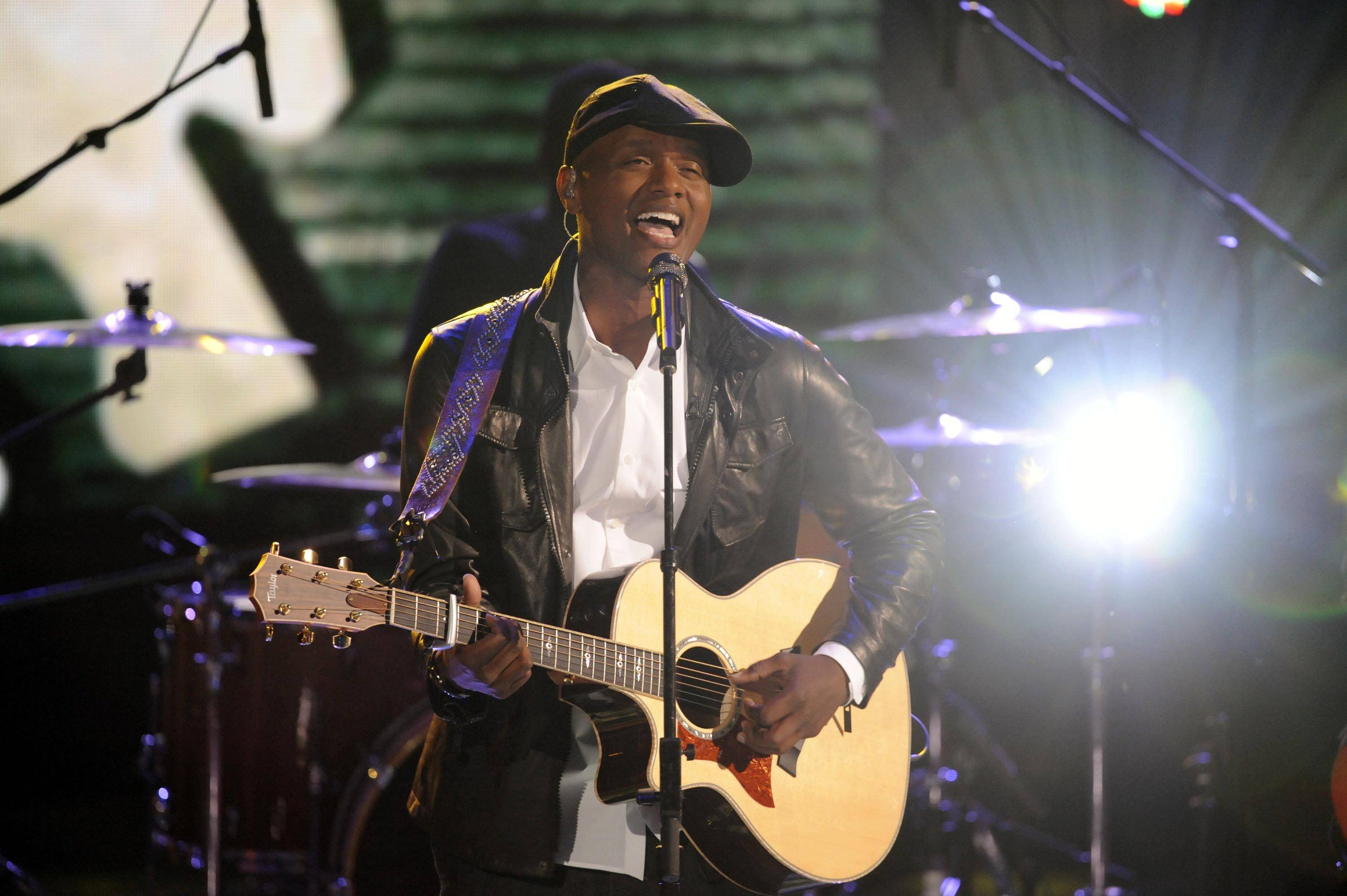 "Javier Colon, who was coached by Maroon 5 frontman Adam Levine, won NBC's new singing contest ""The Voice"" Wednesday."
