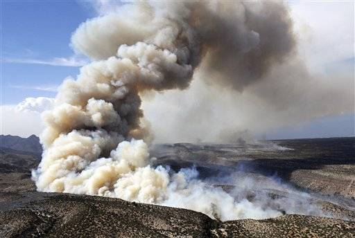 The Las Conchas Fire burns through a canyon in Los Alamos, N,M.