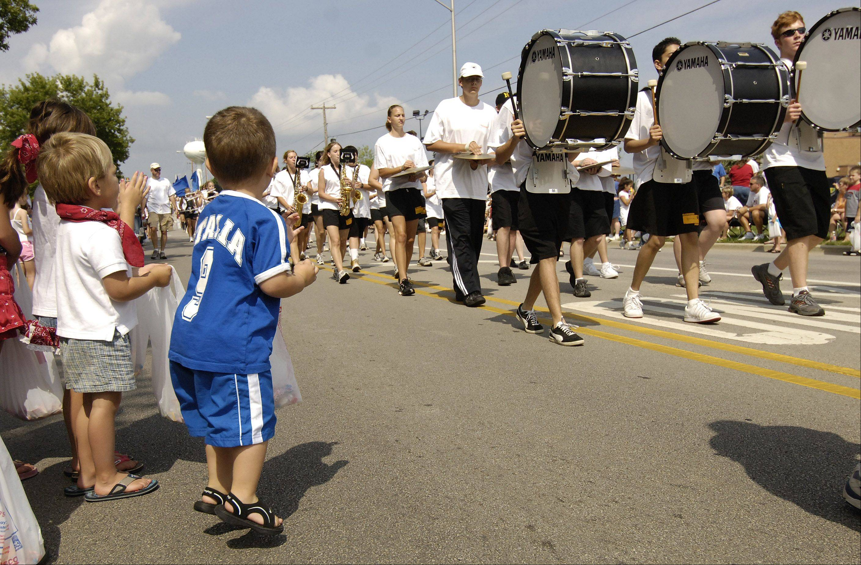 The Glenbard North High School Band will be a returning entry to this year�s Carol Stream Fourth of July parade.
