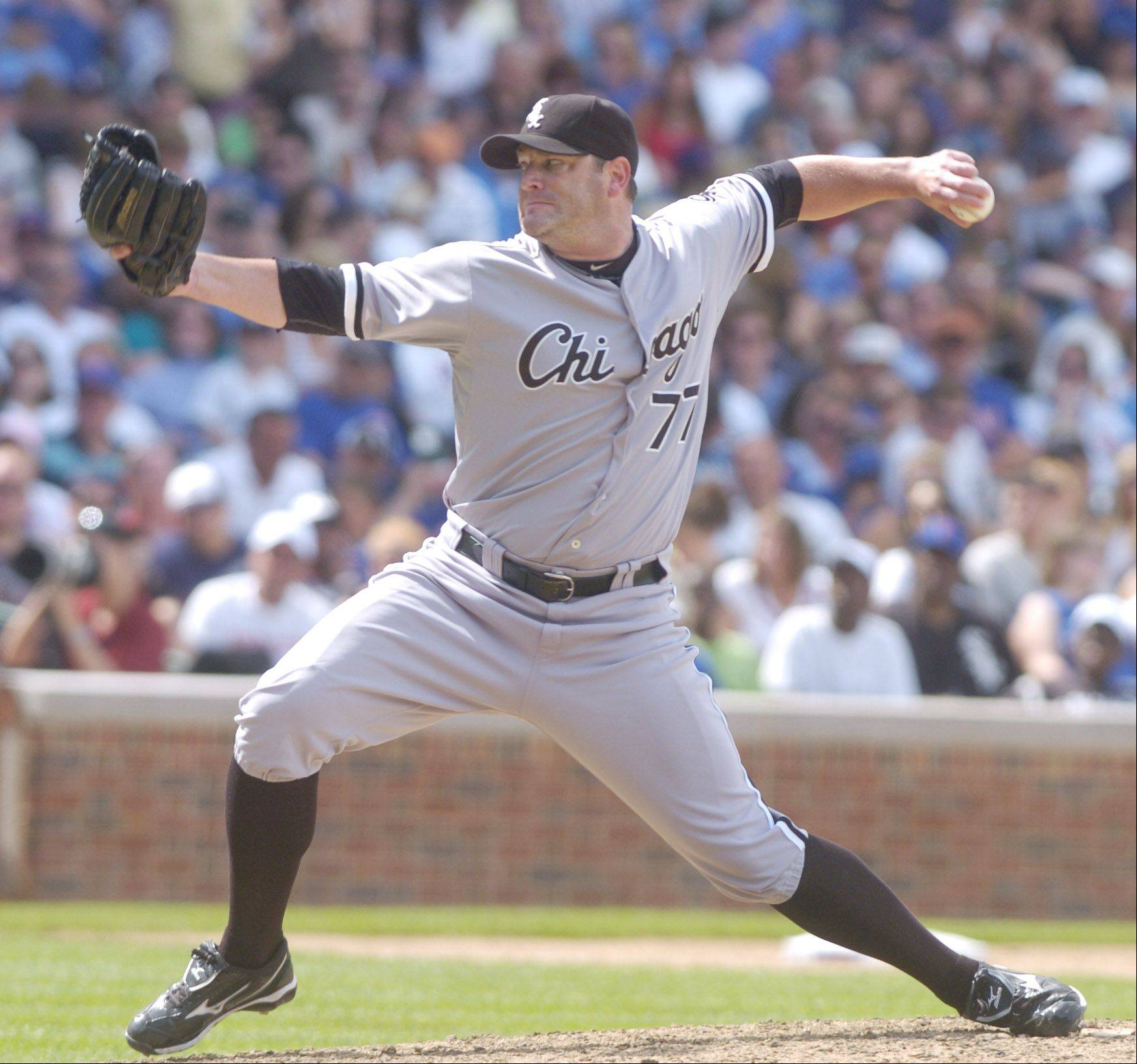 White Sox pitcher Will Ohman delivers against the Cubs during Sunday's game at Wrigley Field.