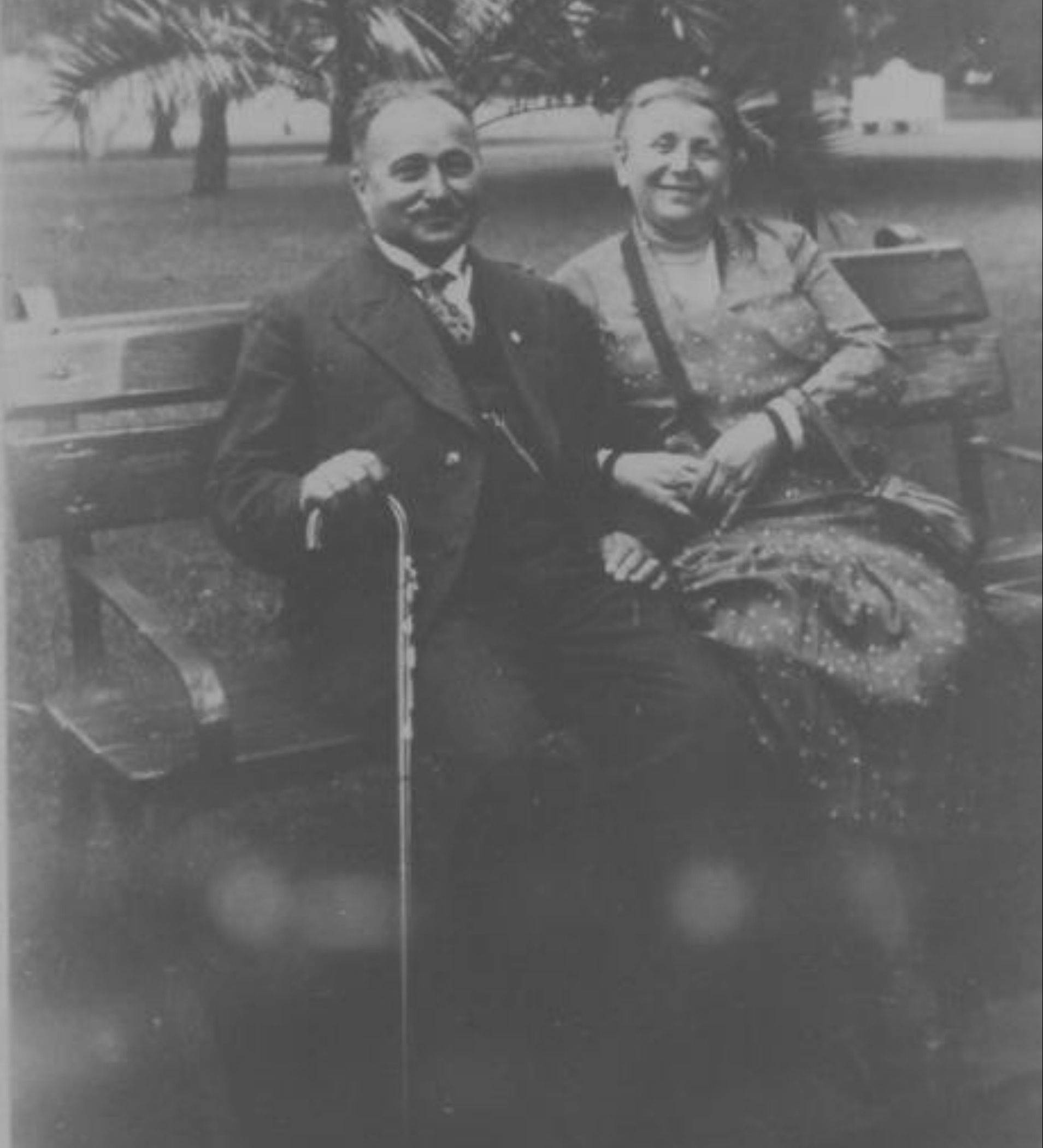 Max and Regina Klaber both died in 1942 in separate concentration camps.