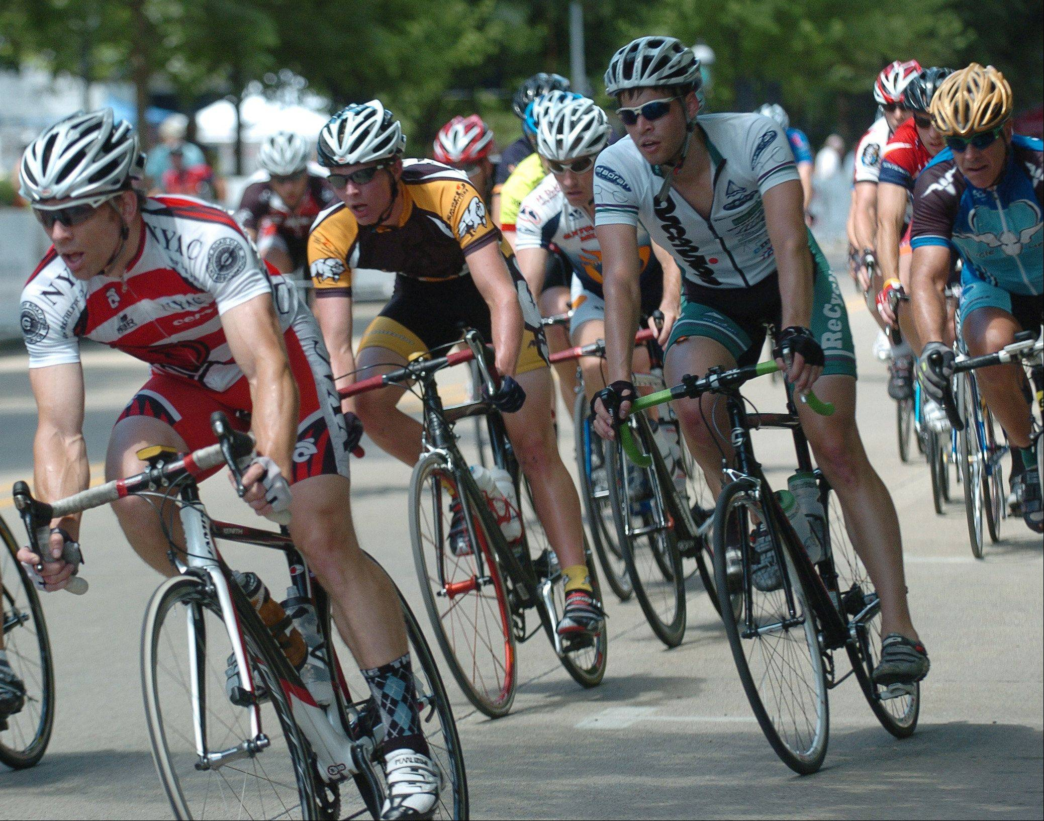 More than 600 cyclists from throughout the world are expected to compete in the 2011 Geneva Cycling Grand Prix Saturday, July 9.